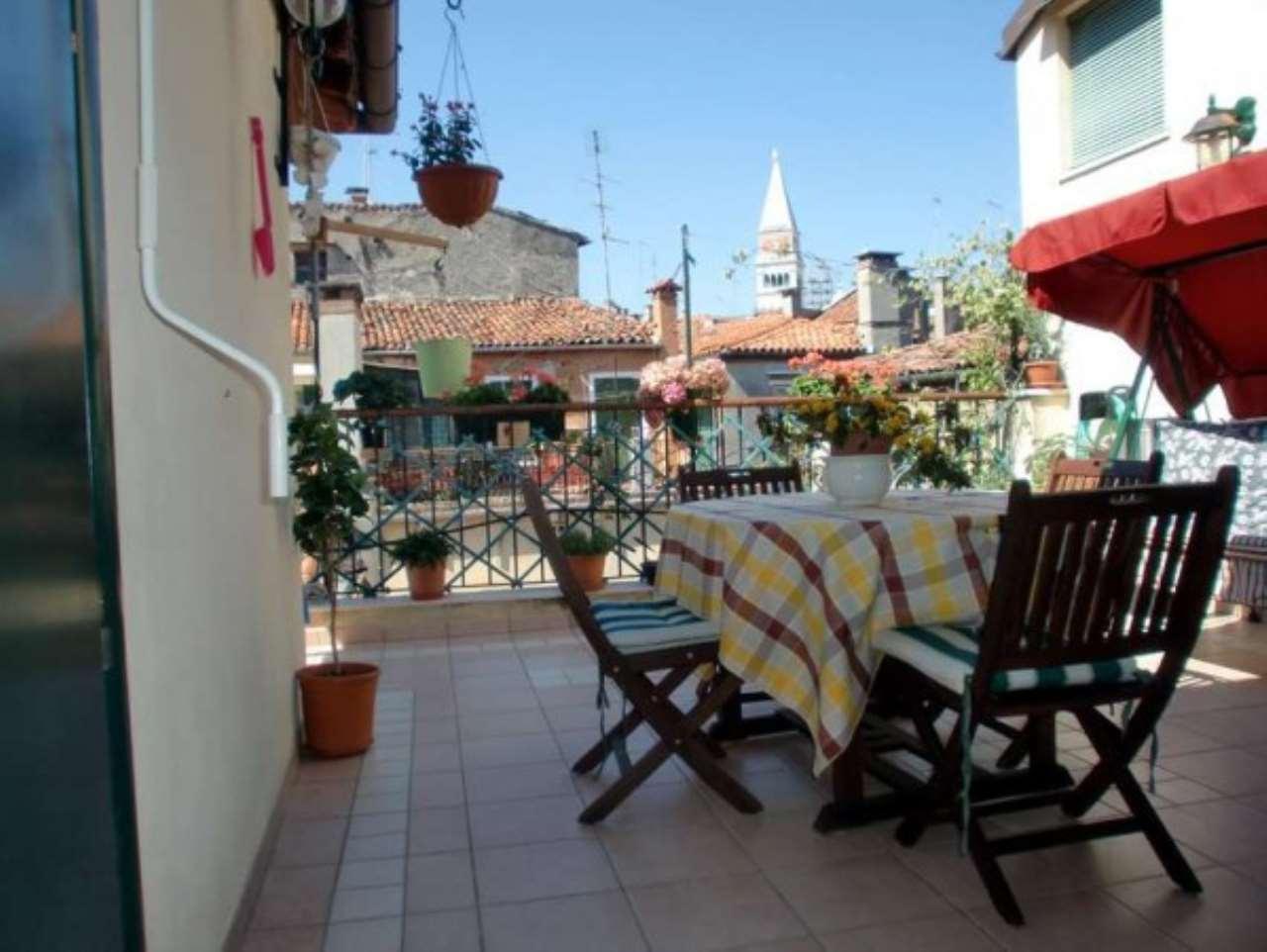 Appartamento in vendita a Venezia, 6 locali, zona Zona: 4 . Castello, prezzo € 1.200.000   Cambio Casa.it