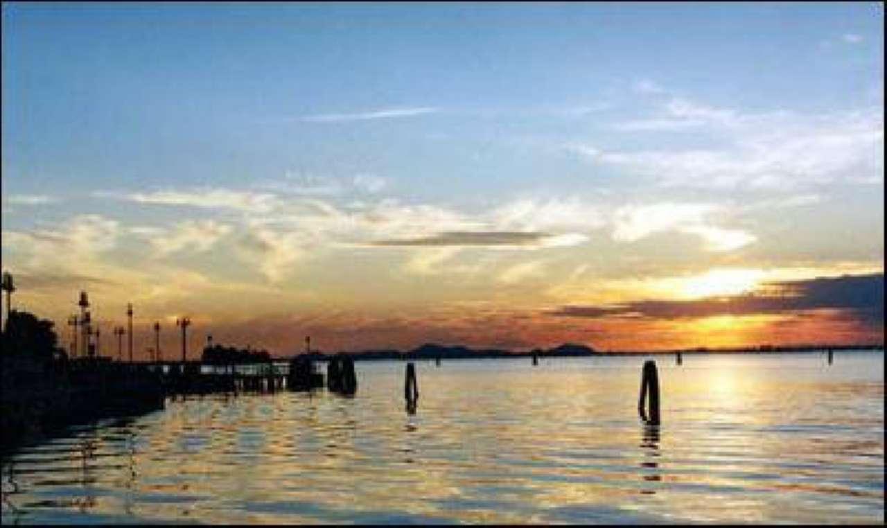 Appartamento in vendita a Venezia, 5 locali, zona Zona: 8 . Lido, prezzo € 500.000 | CambioCasa.it