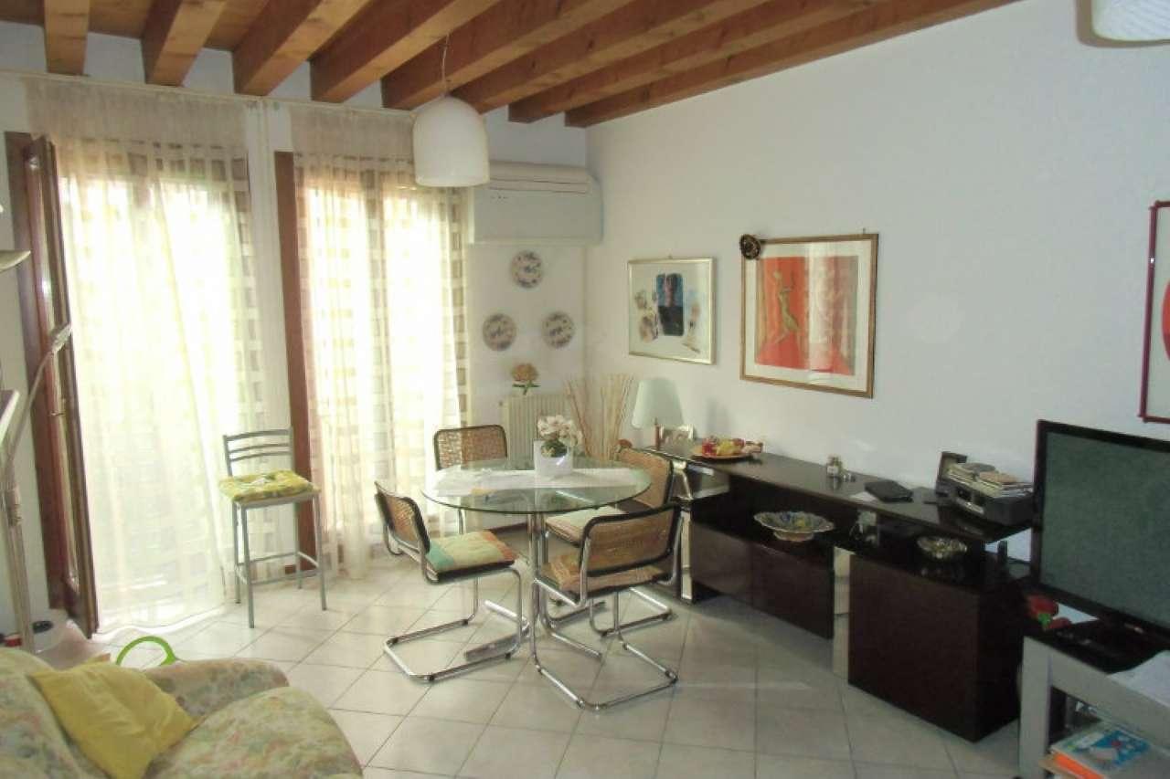 Appartamento in vendita a Venezia, 3 locali, zona Zona: 7 . Giudecca, prezzo € 350.000 | CambioCasa.it