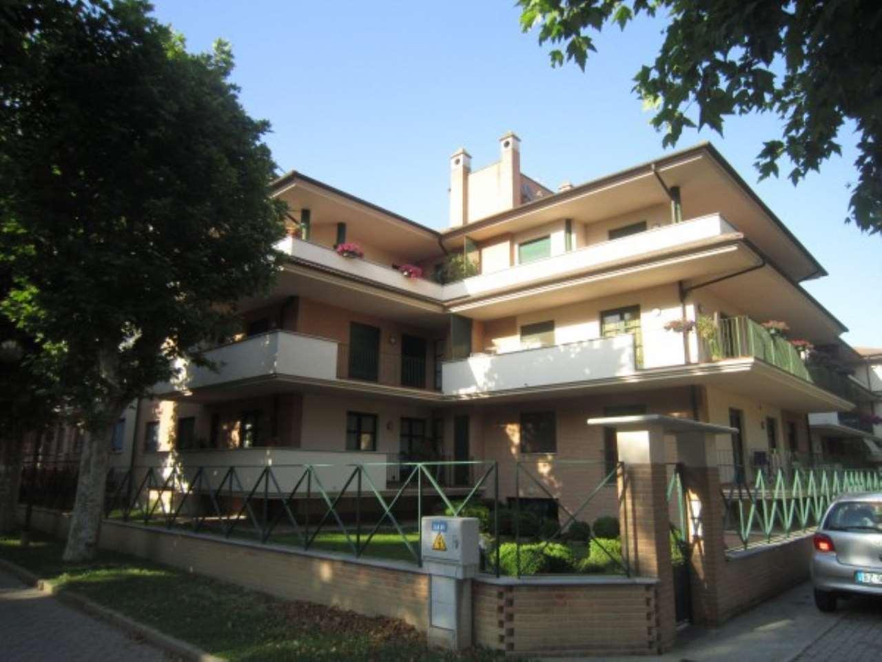Appartamento in affitto a Cherasco, 6 locali, prezzo € 550 | CambioCasa.it