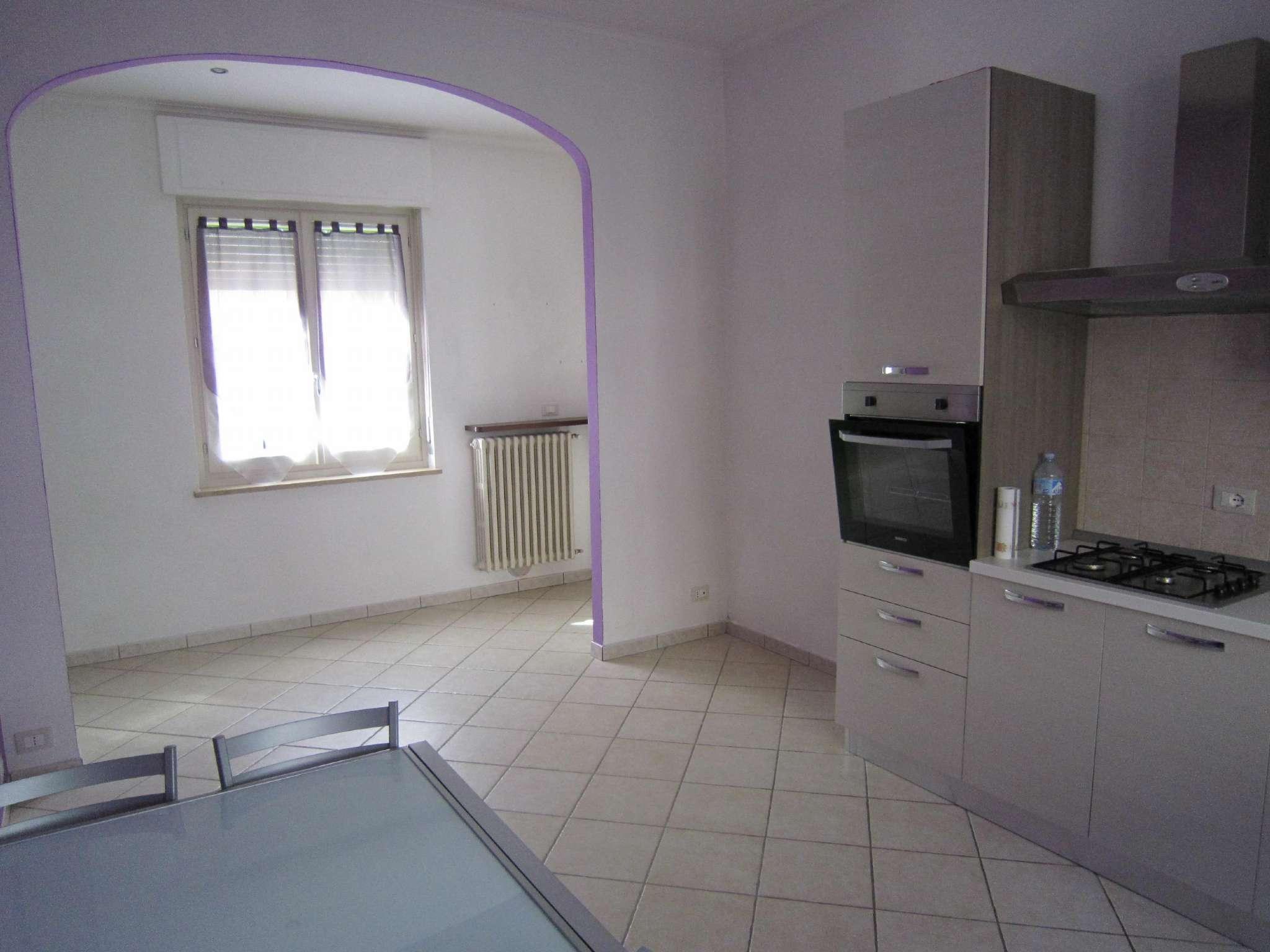 Appartamento in affitto a Cherasco, 2 locali, prezzo € 360 | Cambio Casa.it