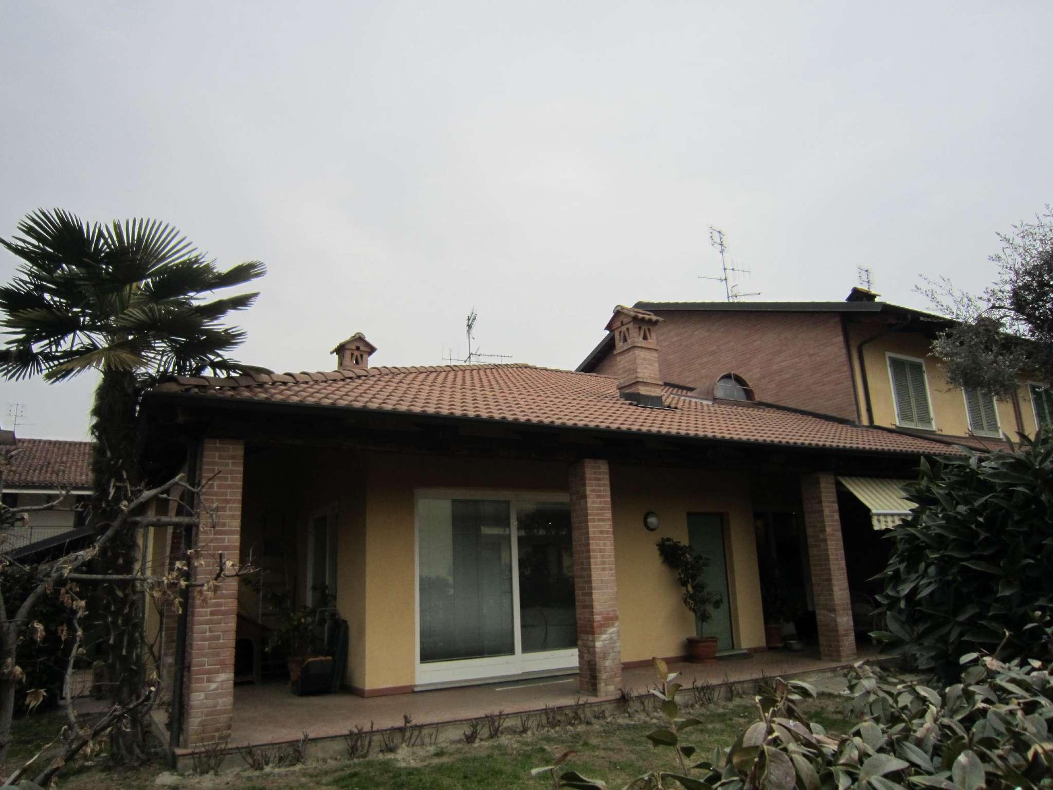 Soluzione Indipendente in vendita a Cherasco, 10 locali, prezzo € 420.000 | CambioCasa.it