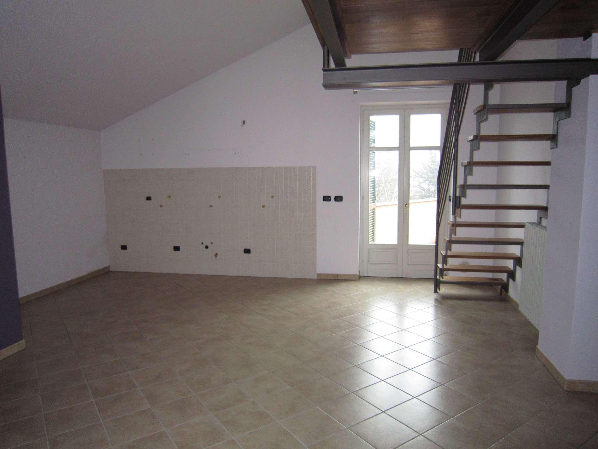 Appartamento in affitto a Cherasco, 3 locali, prezzo € 450 | CambioCasa.it