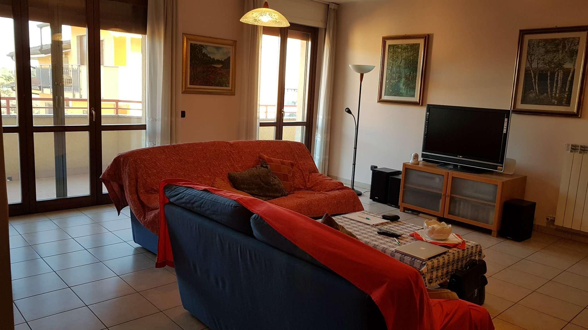 Appartamento in Vendita a Bareggio