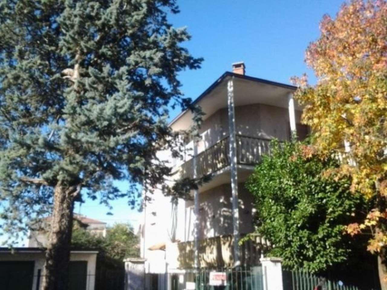 Villa in vendita a Gragnano Trebbiense, 5 locali, prezzo € 280.000 | CambioCasa.it