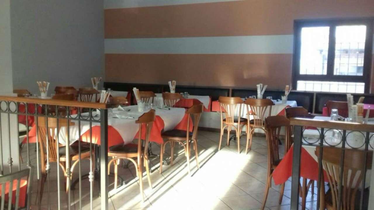 Ristorante / Pizzeria / Trattoria in vendita a Gragnano Trebbiense, 3 locali, prezzo € 100.000 | Cambio Casa.it