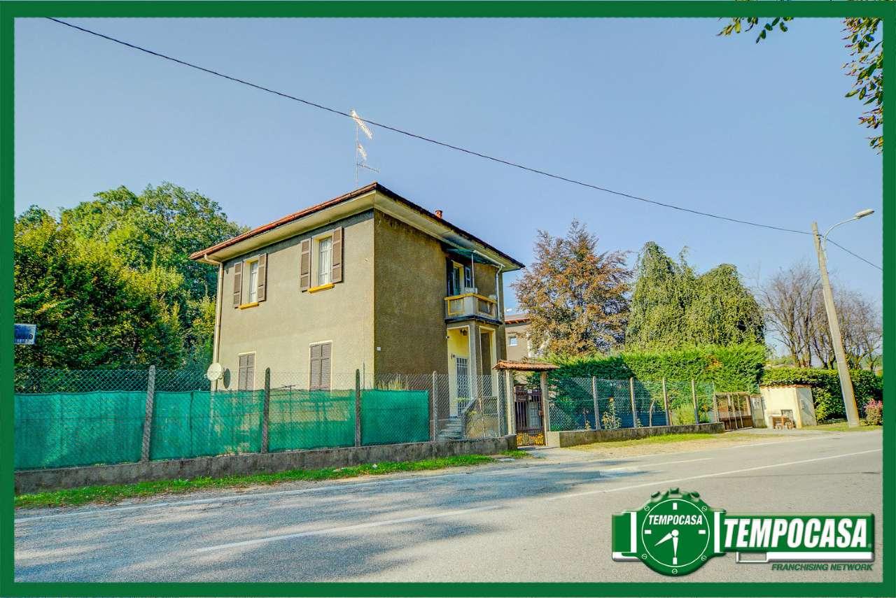 Soluzione Indipendente in vendita a Cassano Magnago, 3 locali, prezzo € 59.000 | Cambio Casa.it