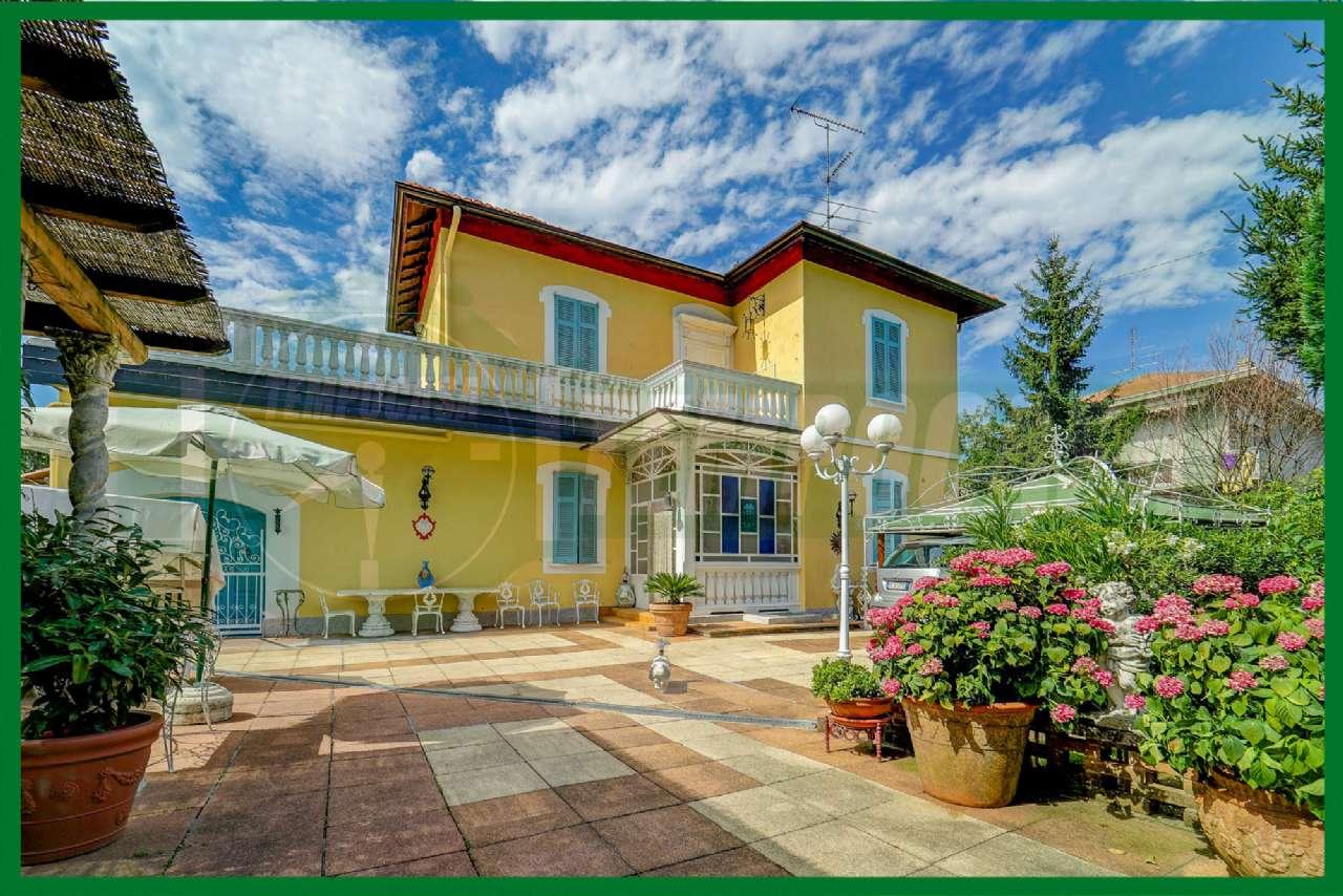 Villa in vendita a Cassano Magnago, 4 locali, prezzo € 780.000 | CambioCasa.it