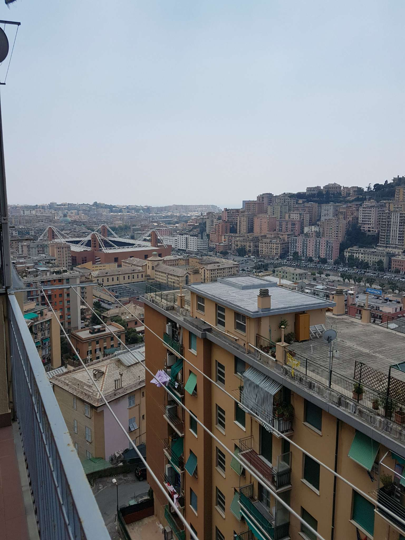 Appartamento in affitto a Genova, 5 locali, zona Zona: 5 . Marassi-Staglieno, prezzo € 450 | CambioCasa.it