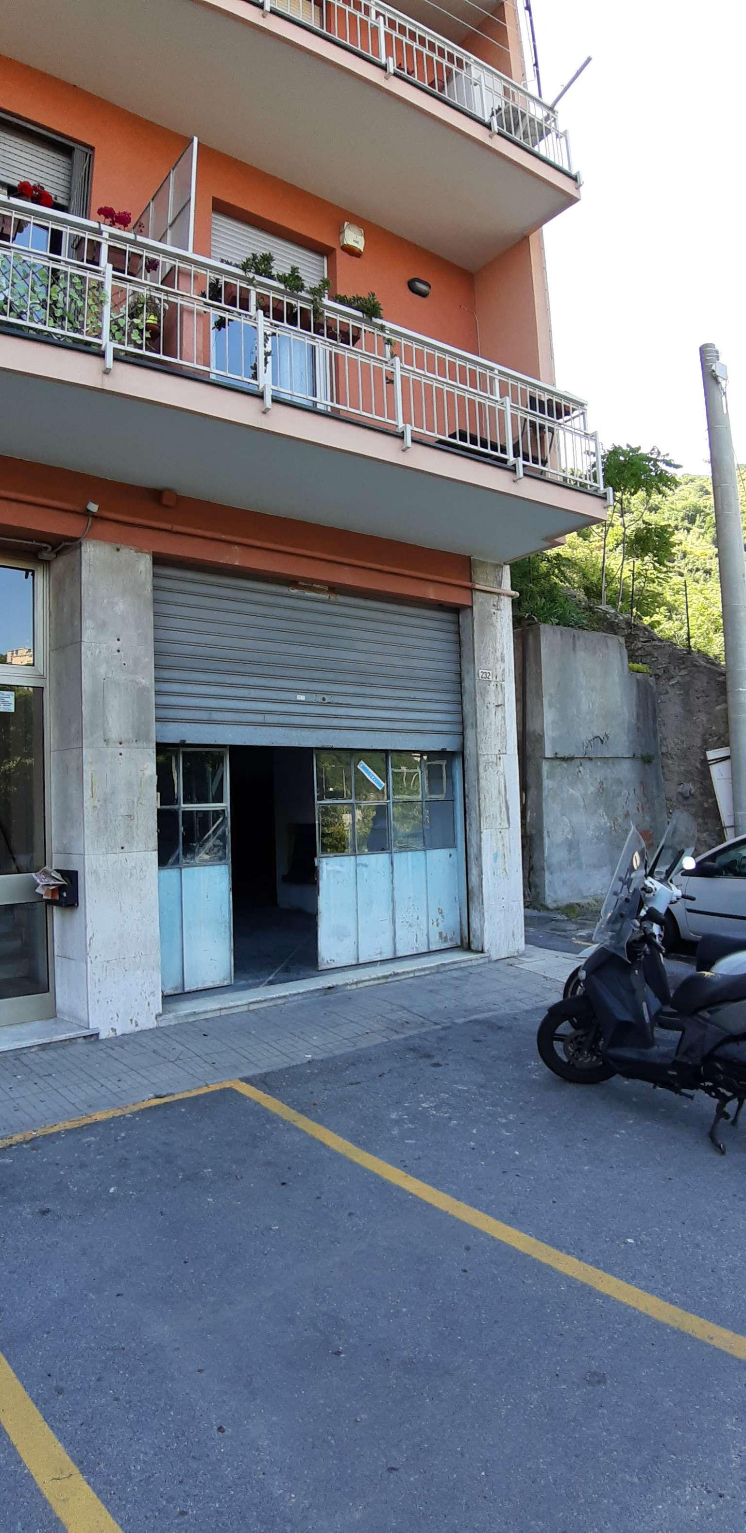 Foto 1 di Box / Garage via bari 232 rosso, Genova (zona San Teodoro)