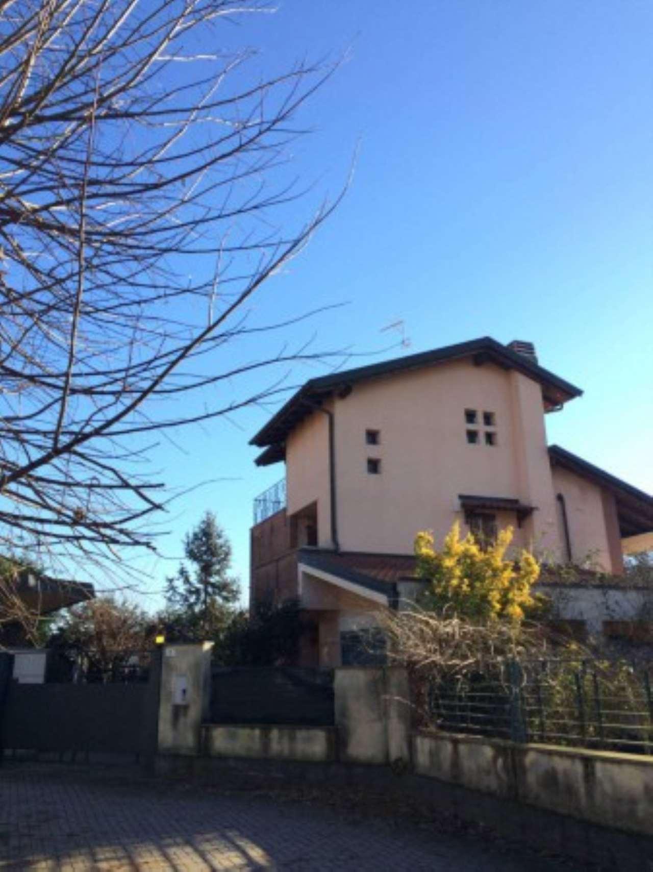 Villa in vendita a Nibbiola, 4 locali, prezzo € 255.000   Cambio Casa.it