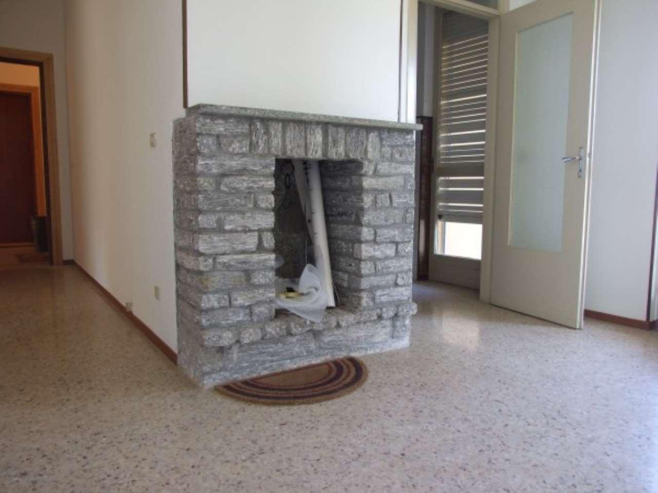 Appartamento in vendita a Colazza, 4 locali, prezzo € 85.000 | Cambio Casa.it