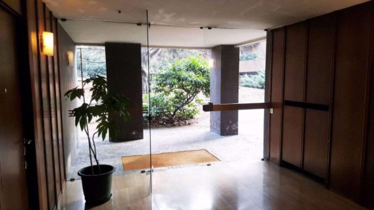 Appartamento in vendita a Milano, 3 locali, zona Zona: 14 . Lotto, Novara, San Siro, QT8 , Montestella, Rembrandt, Trattative riservate   Cambio Casa.it