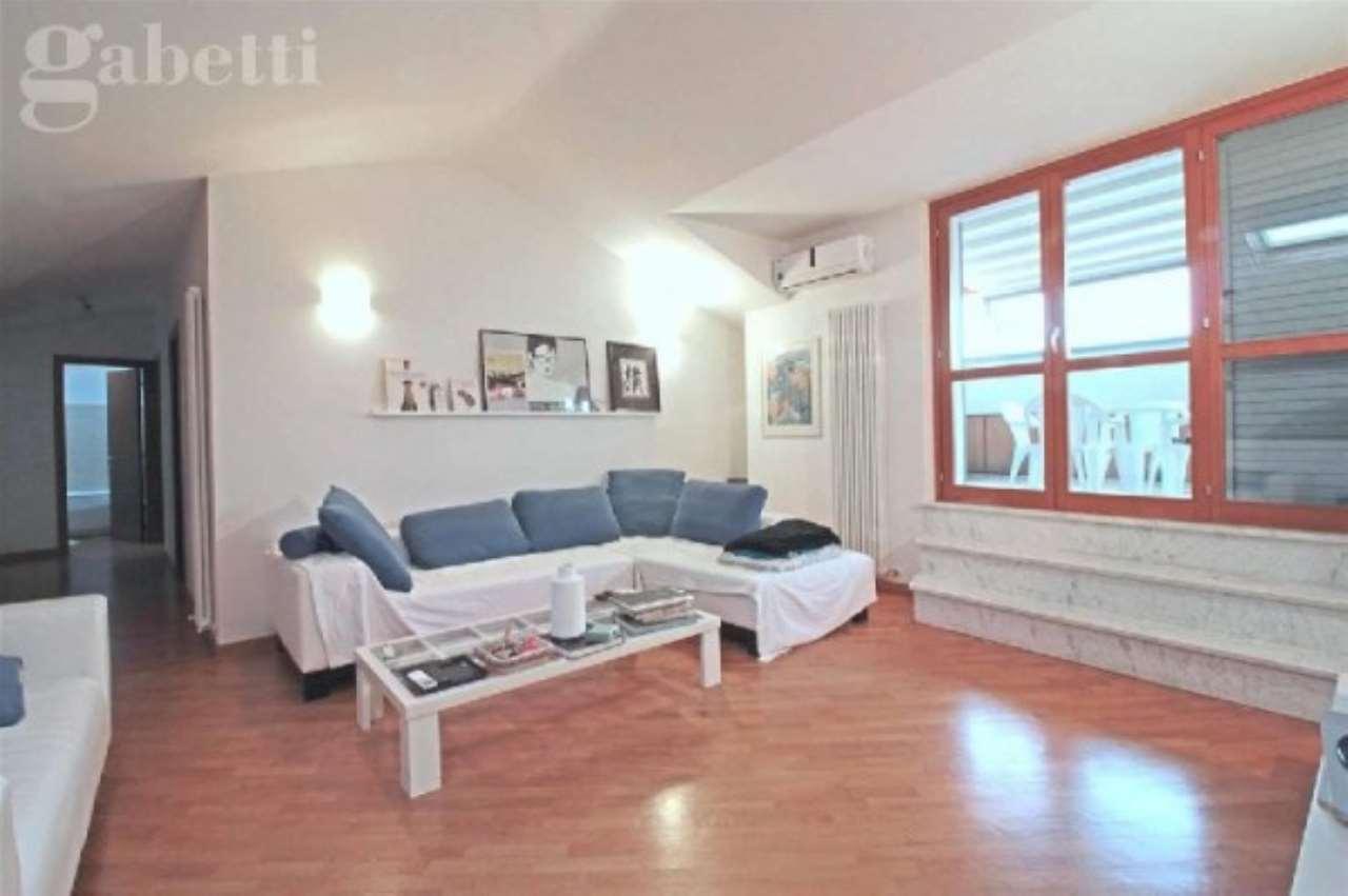 Attico / Mansarda in vendita a Senigallia, 5 locali, prezzo € 400.000 | CambioCasa.it