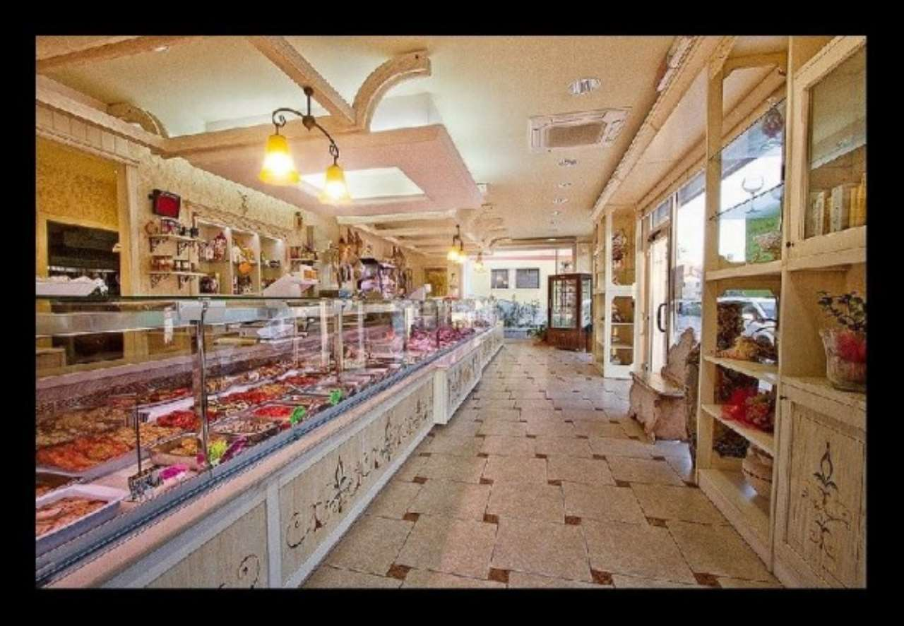 Negozio / Locale in vendita a Senigallia, 1 locali, prezzo € 165.000 | CambioCasa.it