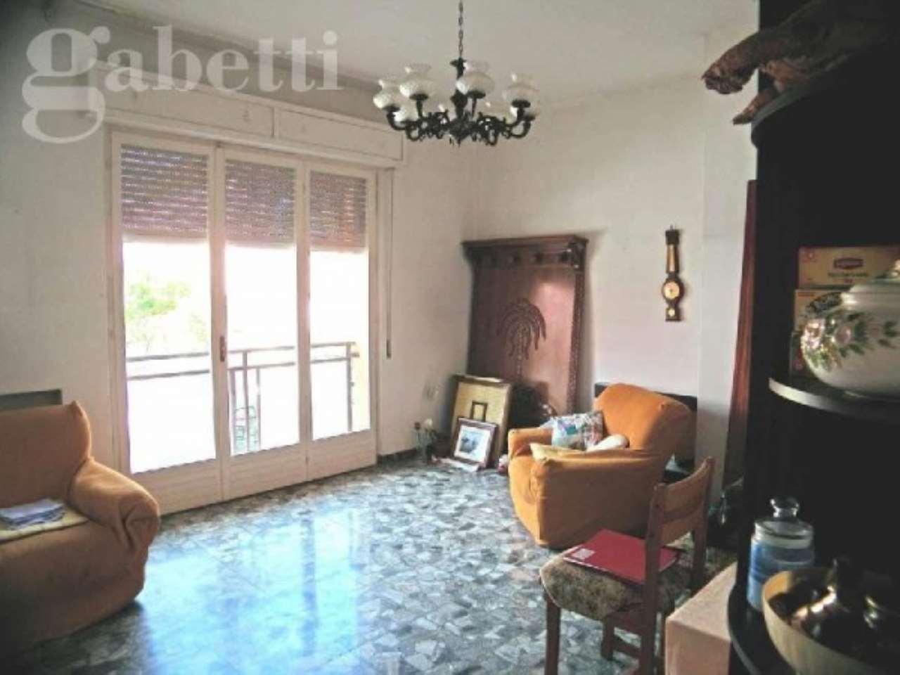 Appartamento in vendita a Senigallia, 5 locali, prezzo € 200.000 | CambioCasa.it