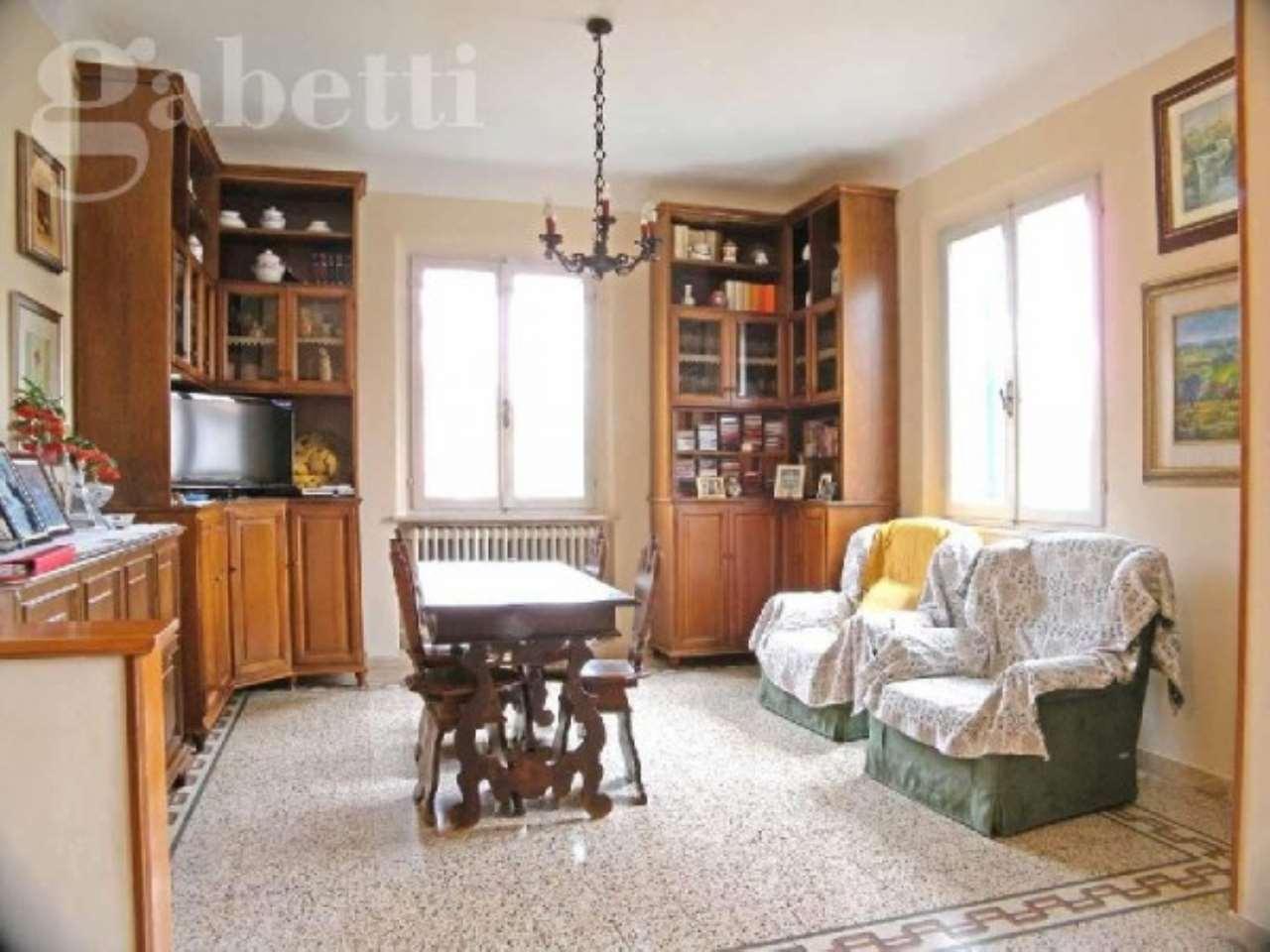 Villa in vendita a Senigallia, 5 locali, Trattative riservate | CambioCasa.it