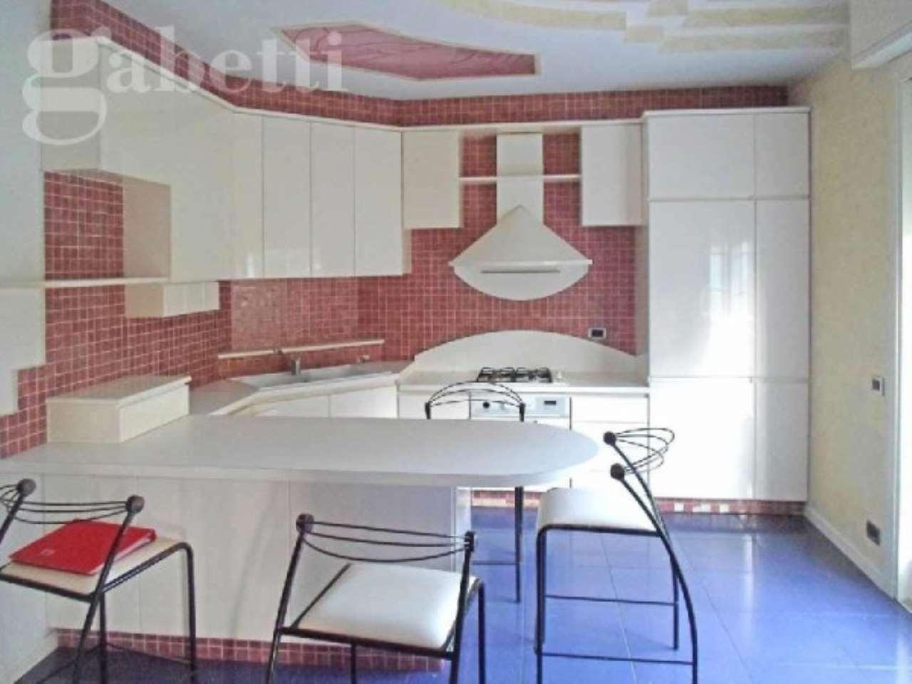 Villa in vendita a Senigallia, 6 locali, prezzo € 500.000 | CambioCasa.it