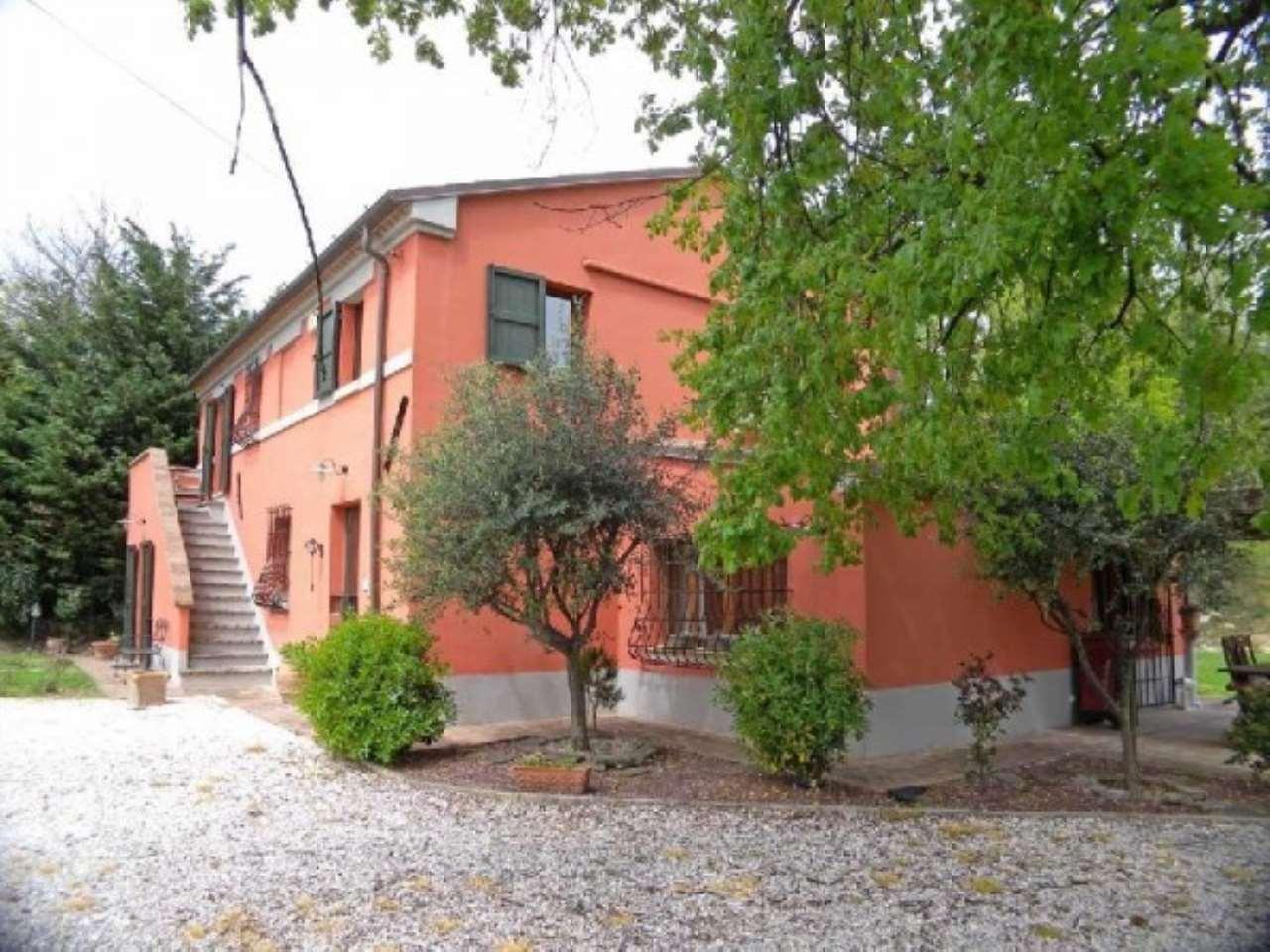Rustico / Casale in vendita a Senigallia, 6 locali, prezzo € 440.000 | CambioCasa.it