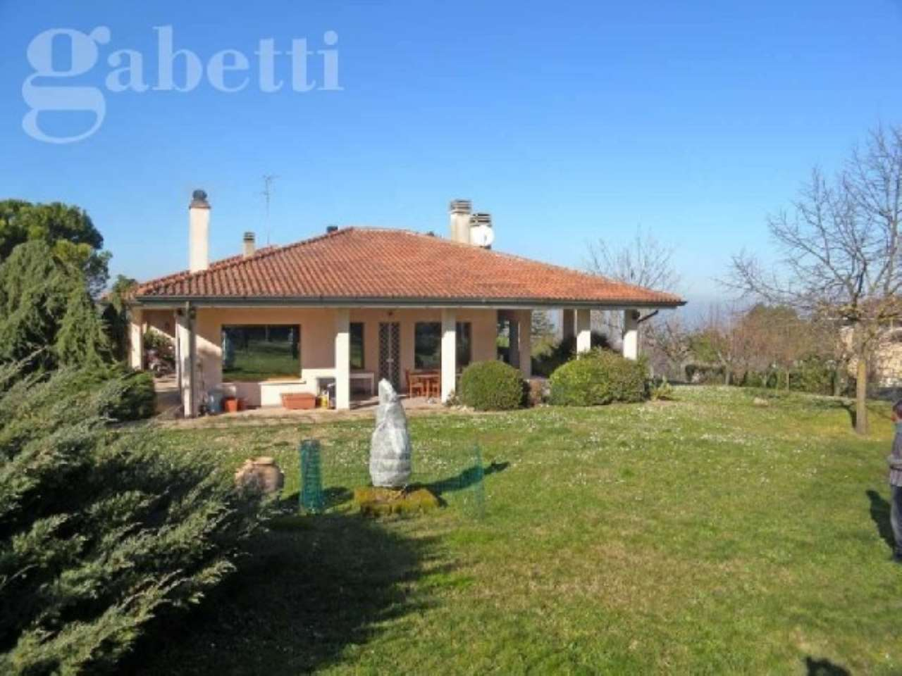 Villa in vendita a Senigallia, 6 locali, Trattative riservate   Cambio Casa.it