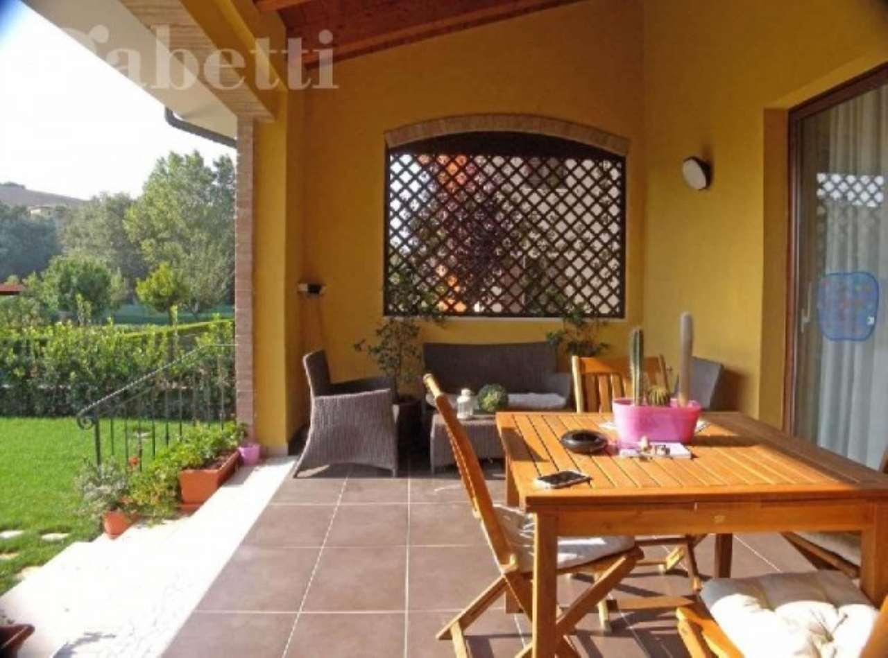 Villa in vendita a Senigallia, 6 locali, prezzo € 600.000 | CambioCasa.it