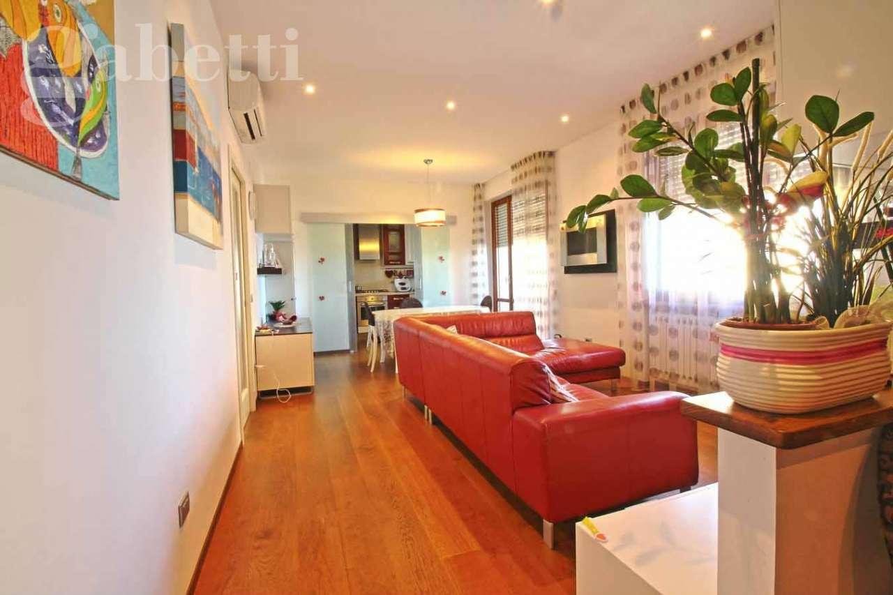 Appartamento in vendita a Senigallia, 4 locali, prezzo € 230.000 | CambioCasa.it
