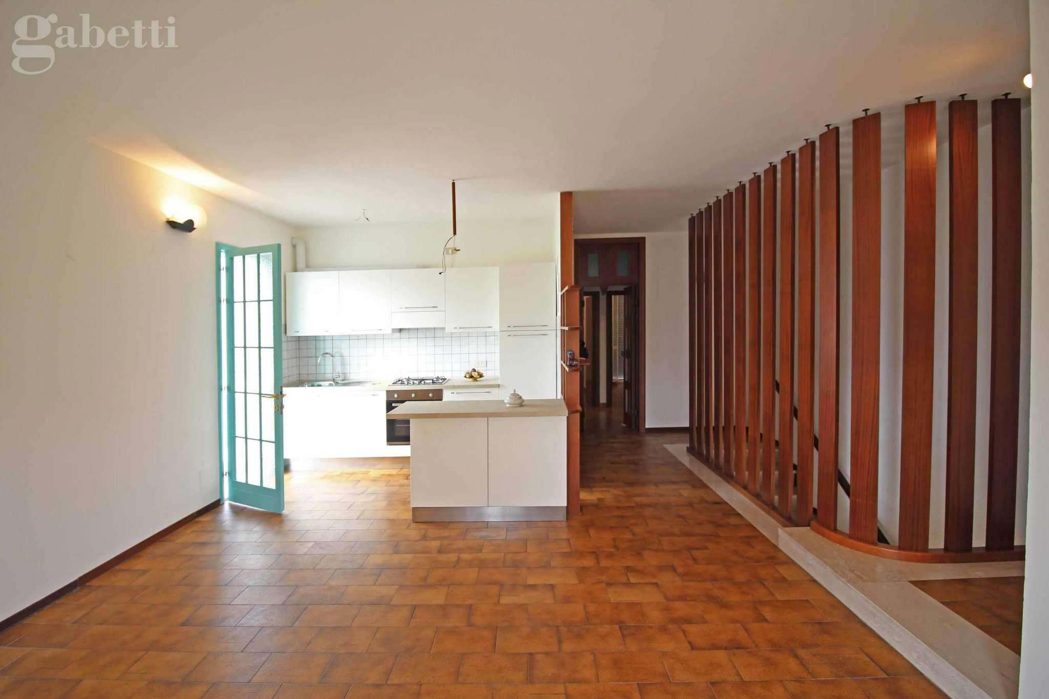 Appartamento in vendita a Mondolfo, 4 locali, prezzo € 170.000 | Cambio Casa.it