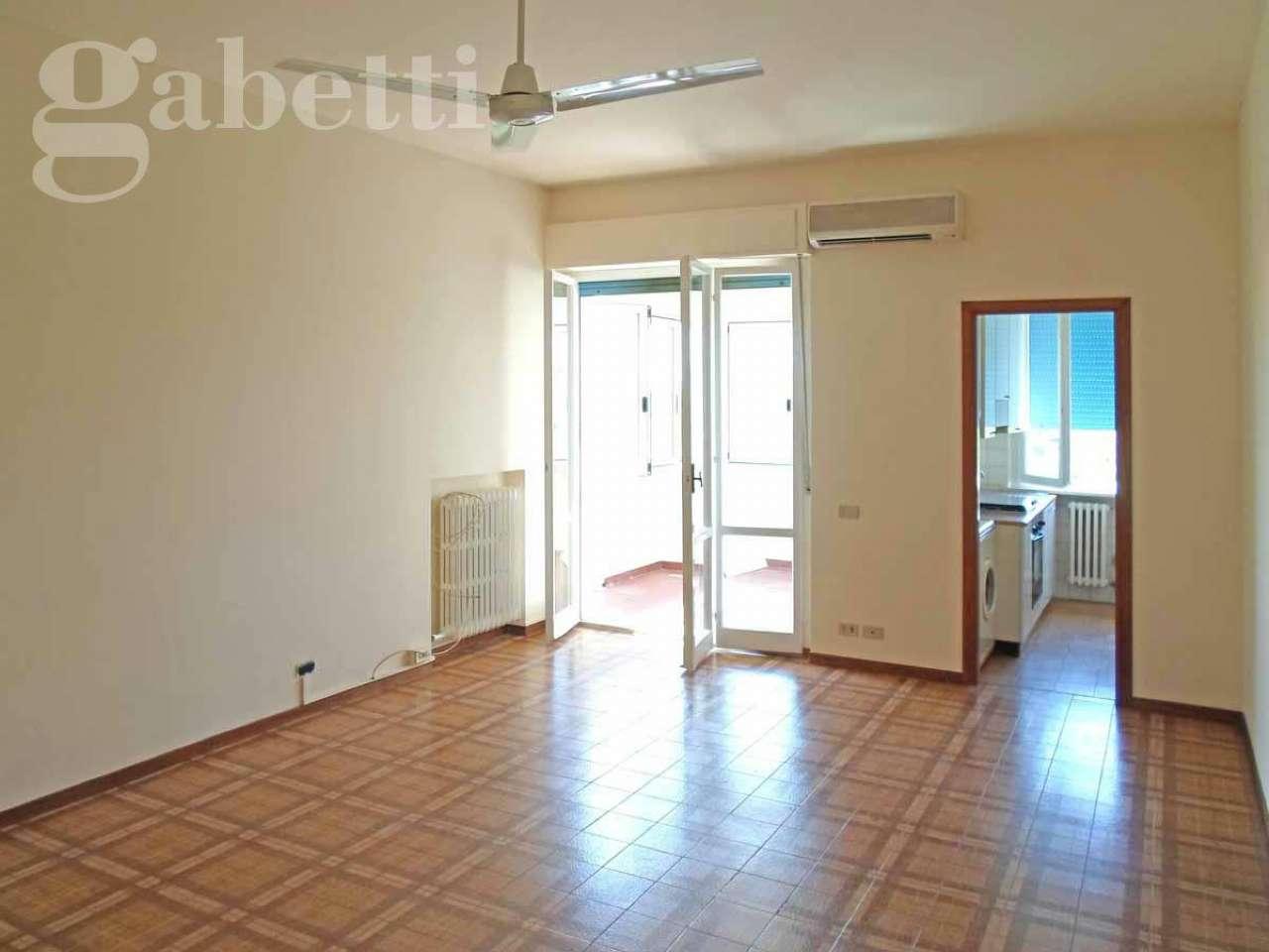 Appartamento in vendita a Montemarciano, 4 locali, prezzo € 55.000 | CambioCasa.it