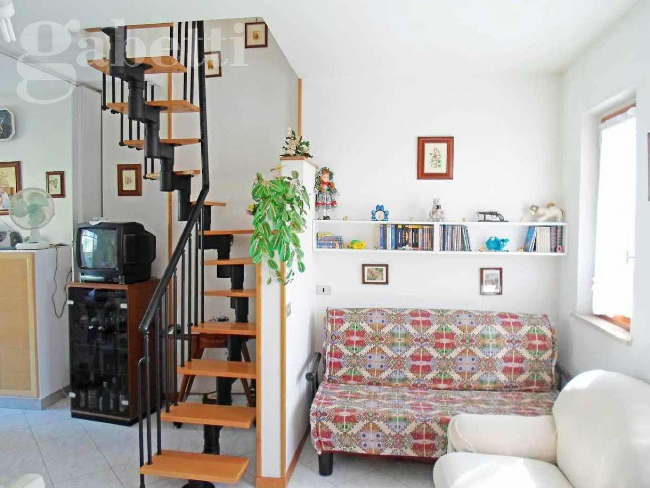 Appartamento in vendita a Montemarciano, 3 locali, prezzo € 100.000 | CambioCasa.it