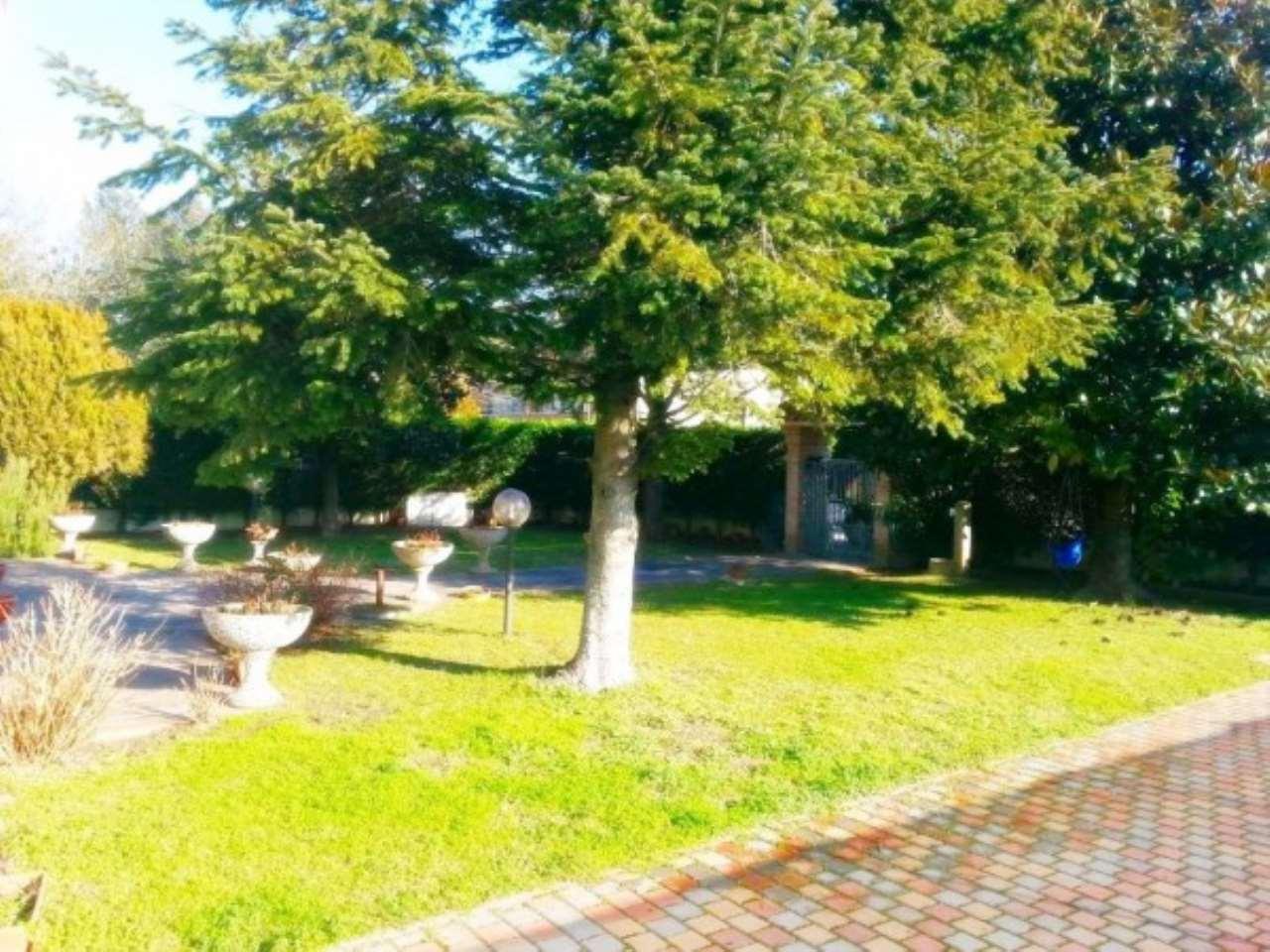 Villa in vendita a Chioggia, 6 locali, prezzo € 265.000 | Cambio Casa.it