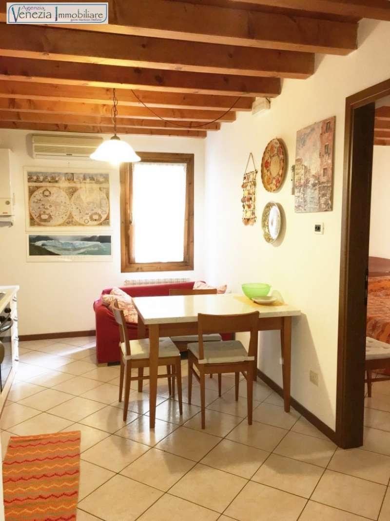 Appartamento in vendita a Chioggia, 3 locali, prezzo € 120.000 | CambioCasa.it