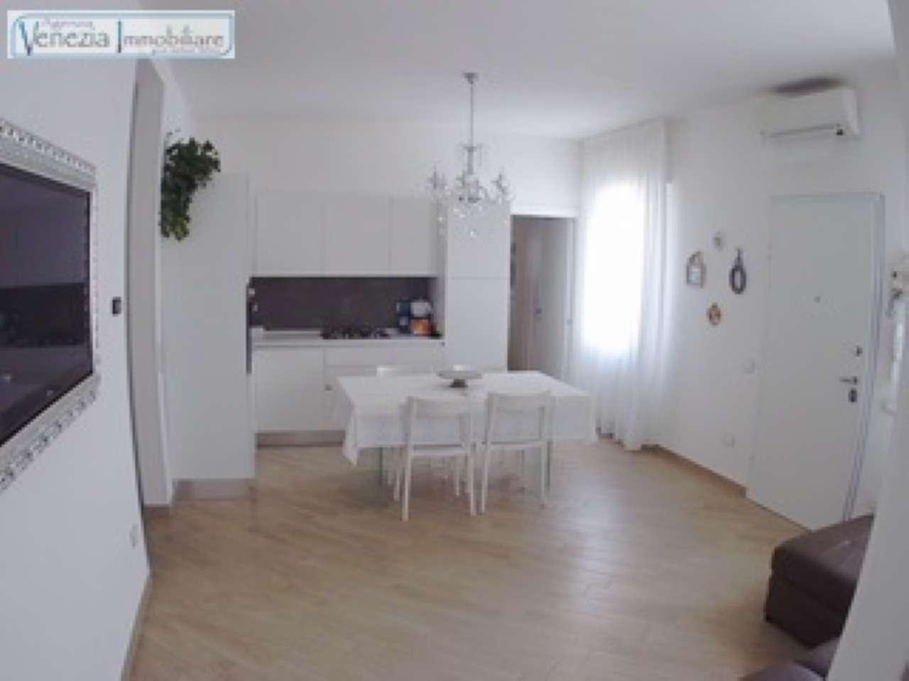 Soluzione Indipendente in vendita a Chioggia, 9999 locali, prezzo € 340.000 | CambioCasa.it