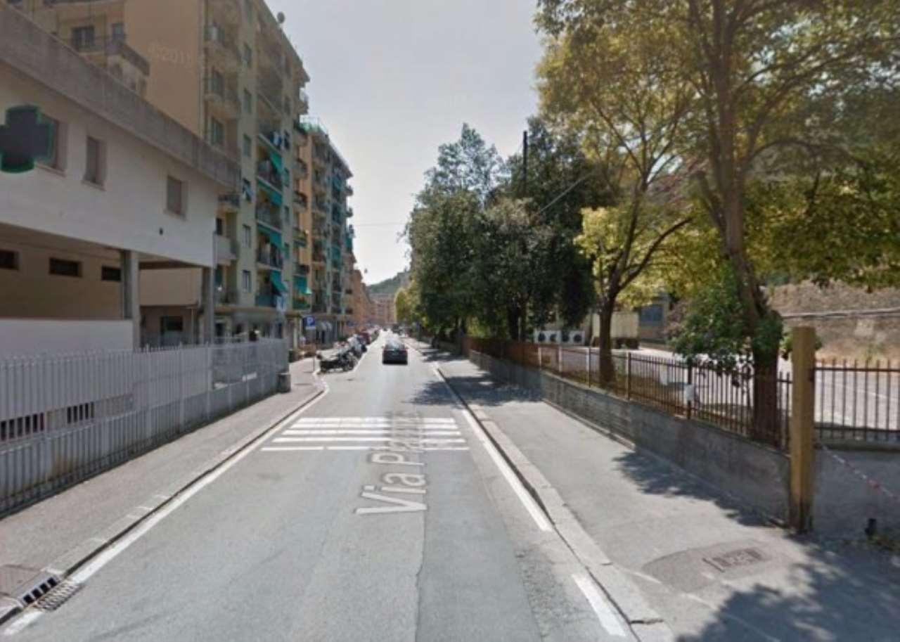Magazzino in affitto a Genova, 1 locali, zona Zona: 18 . Valbisagno (Prato-Molassana-Struppa-S.Gottardo-S.Eusebio), prezzo € 1.350 | Cambio Casa.it