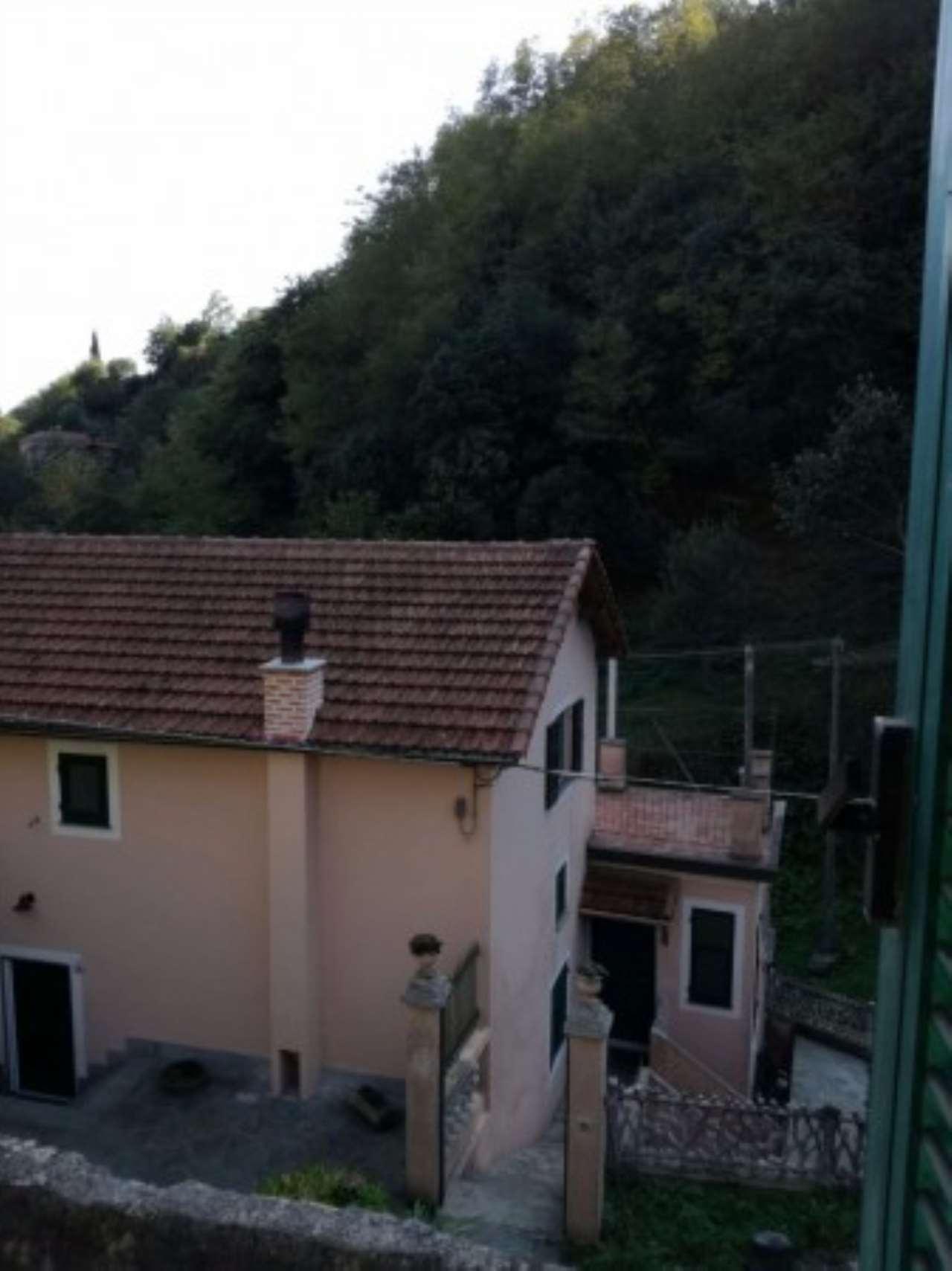 Villa in vendita a Genova, 6 locali, zona Zona: 13 . Sestri Ponente, Medio Ponente, prezzo € 185.000 | CambioCasa.it