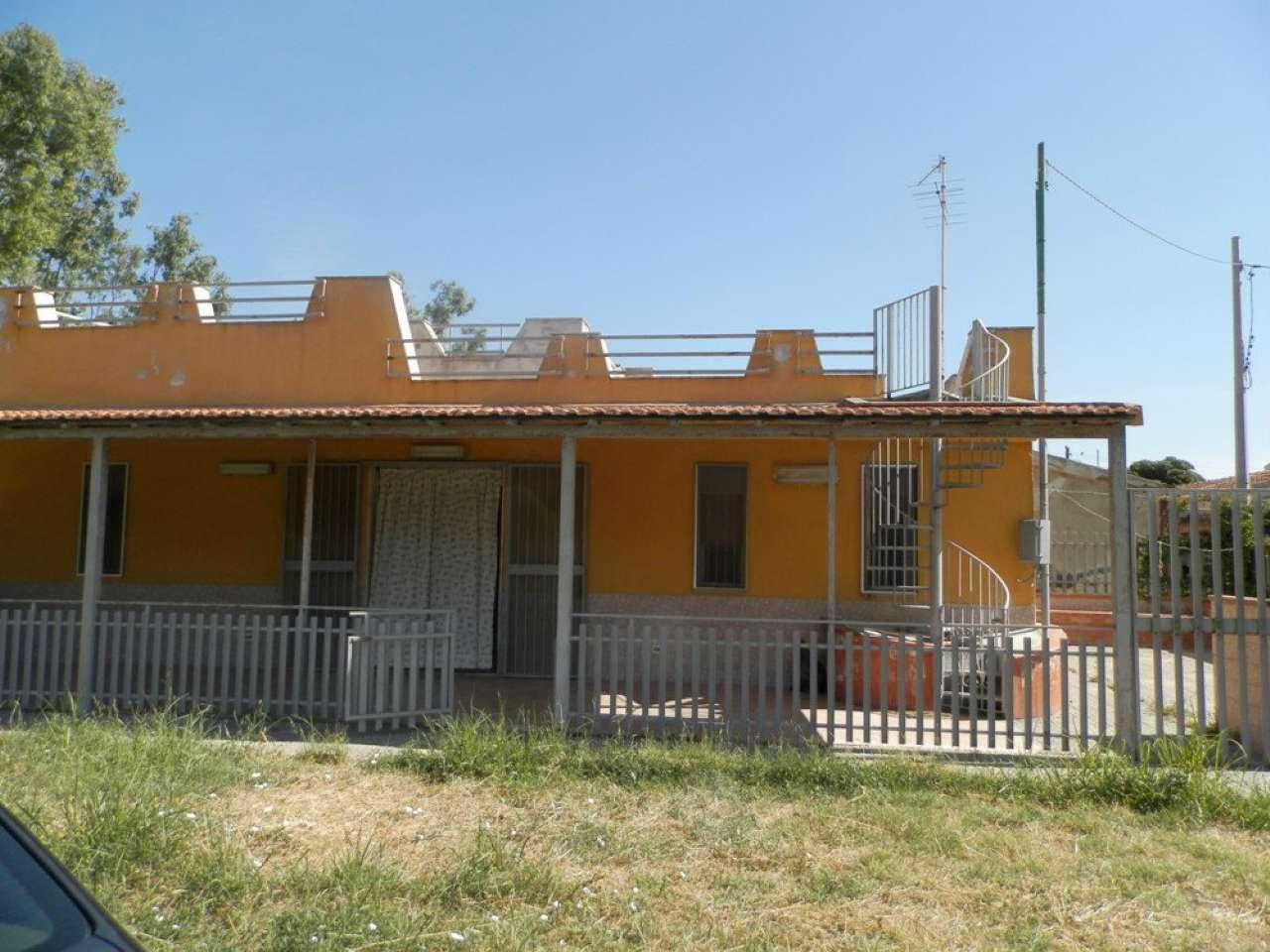Soluzione Indipendente in vendita a Augusta, 9999 locali, prezzo € 79.000 | Cambio Casa.it
