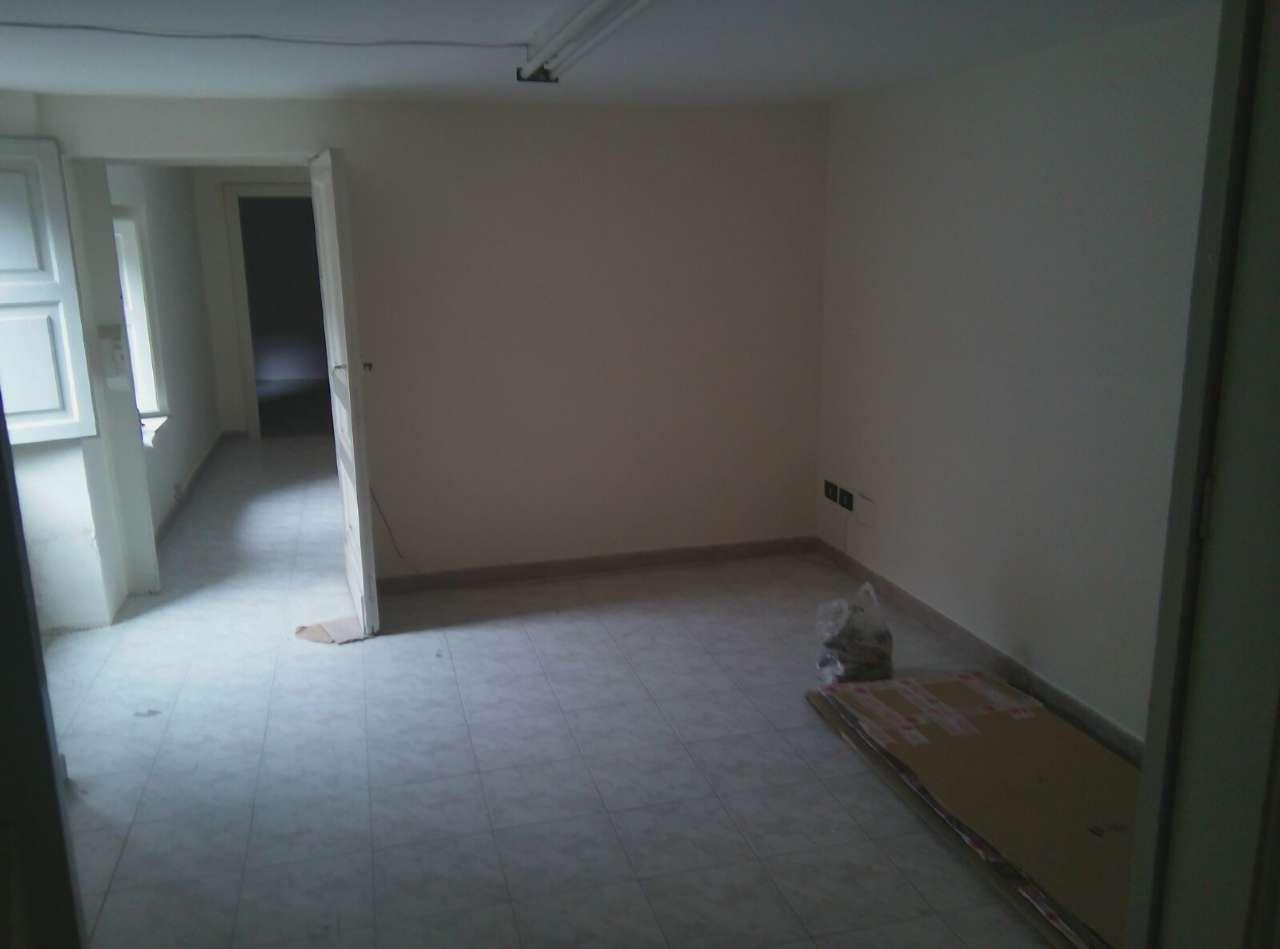 Ufficio / Studio in vendita a Belpasso, 4 locali, prezzo € 250 | CambioCasa.it