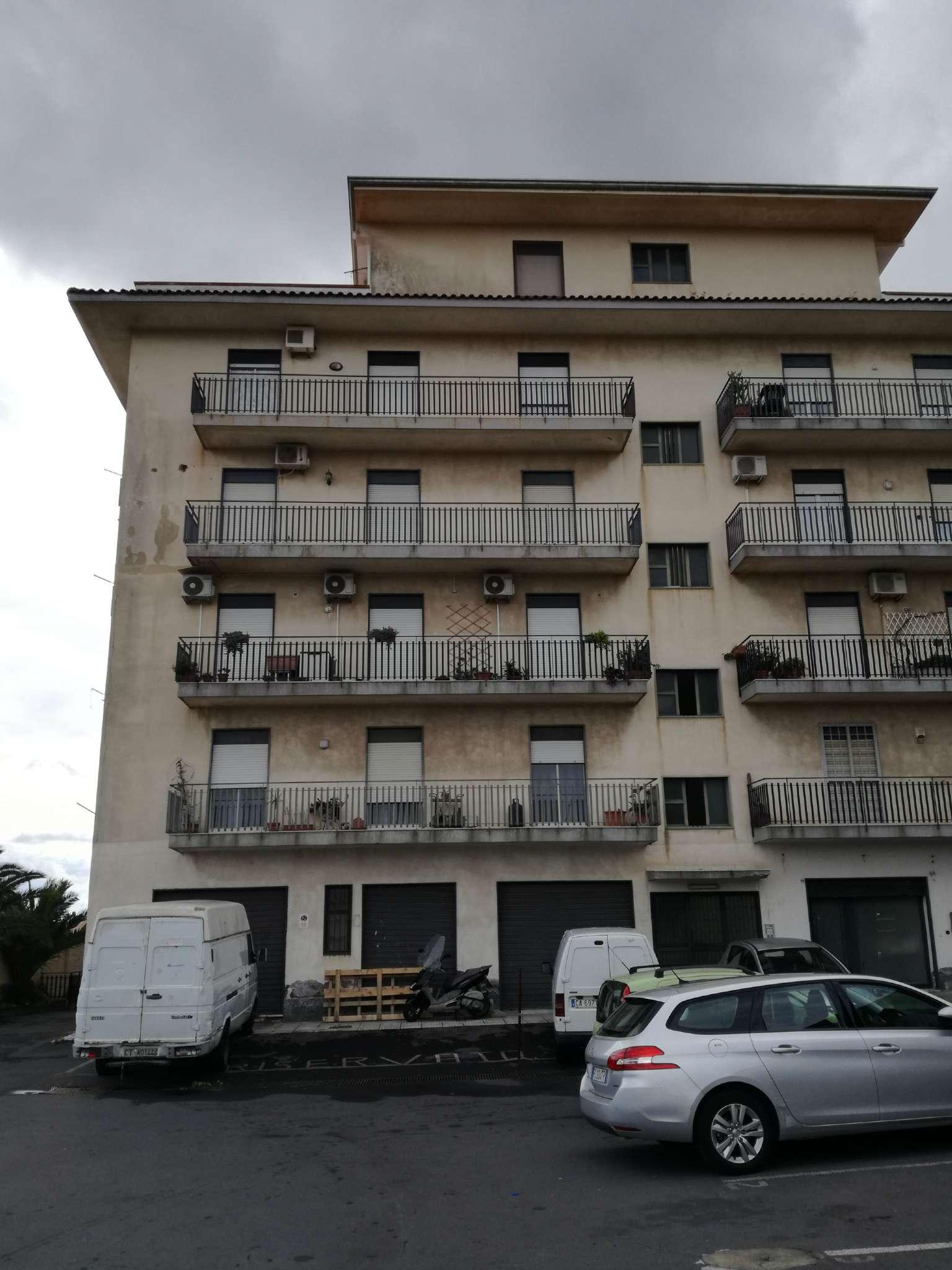 Appartamento in vendita a Mascalucia, 4 locali, prezzo € 100.000 | CambioCasa.it