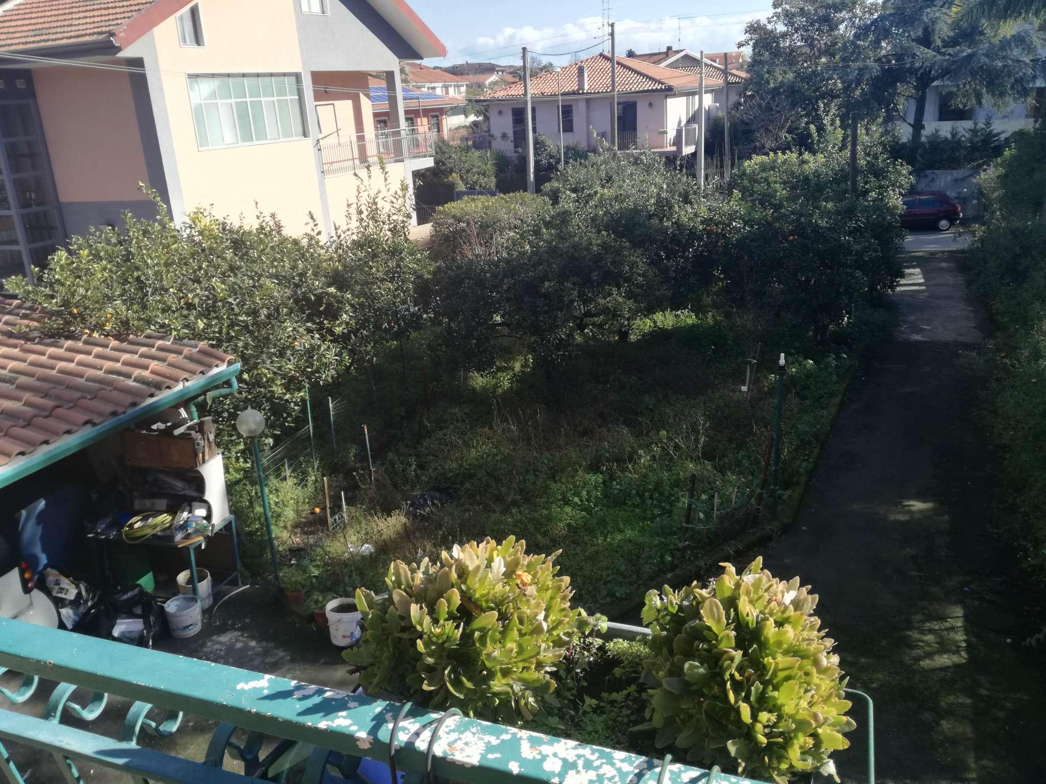 Villa in vendita a Tremestieri Etneo, 7 locali, prezzo € 280.000 | Cambio Casa.it