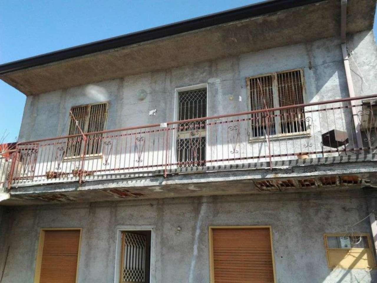 Appartamento in vendita a Ragalna, 9999 locali, prezzo € 95.000 | CambioCasa.it