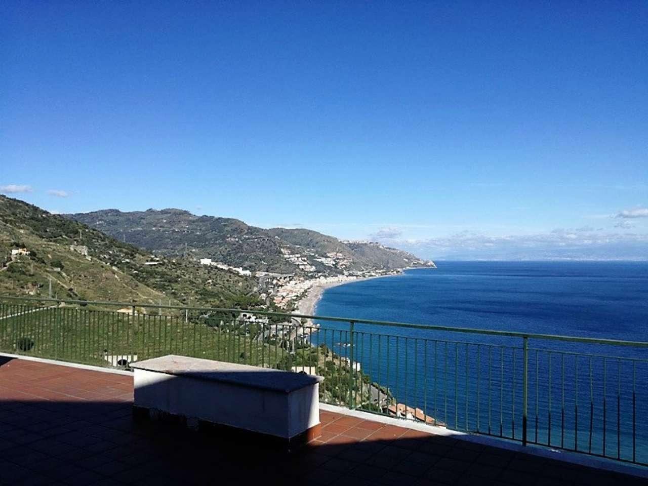 Appartamento in vendita a Taormina, 9999 locali, Trattative riservate | CambioCasa.it