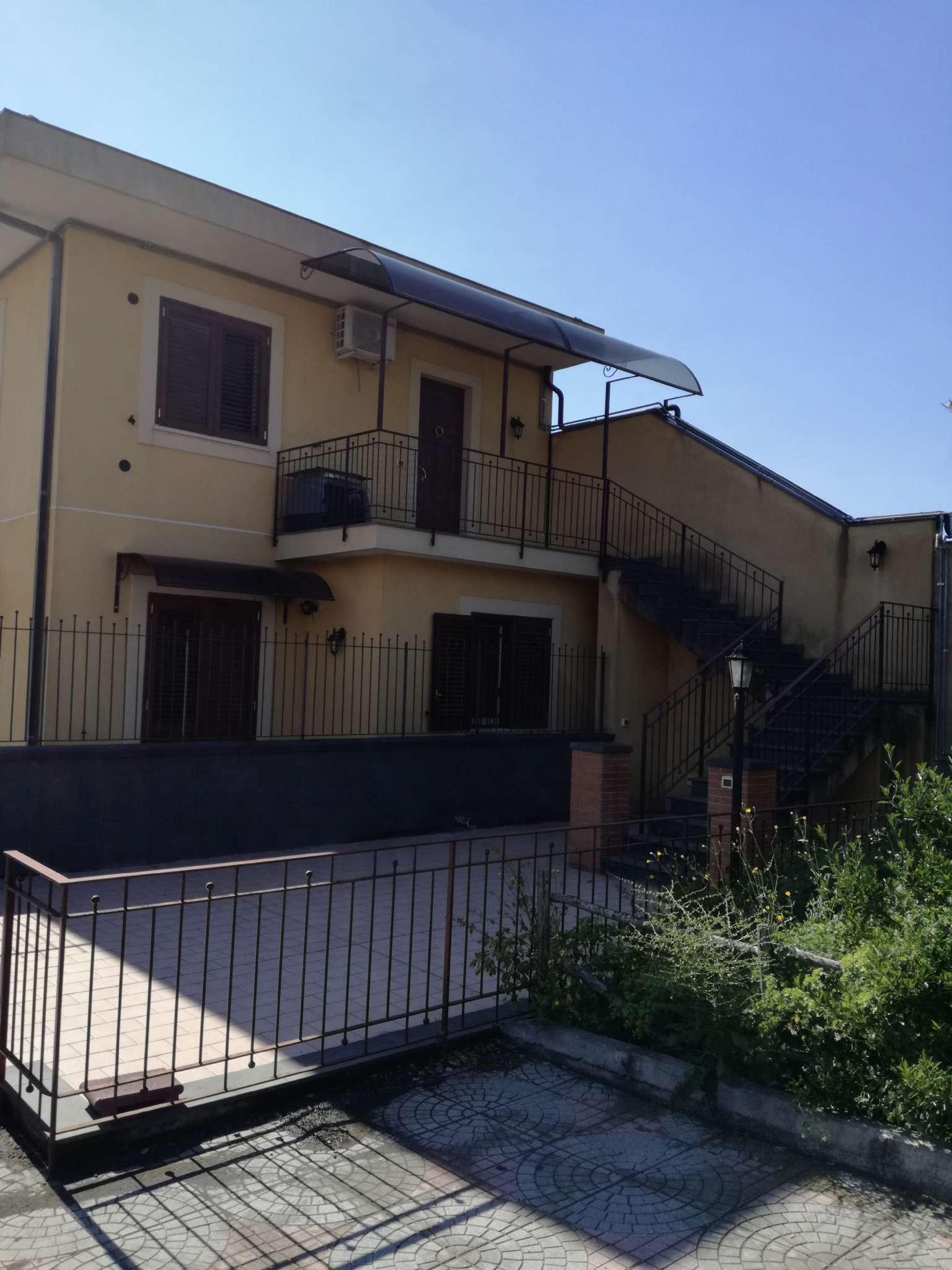Appartamento in vendita a Mascalucia, 3 locali, prezzo € 170.000 | CambioCasa.it