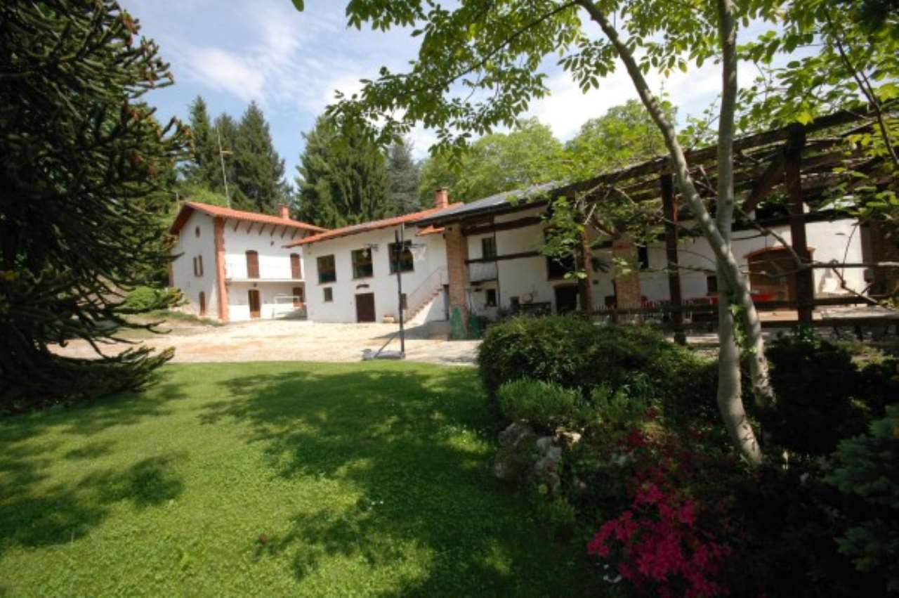 Rustico / Casale in vendita a Vignolo, 6 locali, prezzo € 520.000 | CambioCasa.it