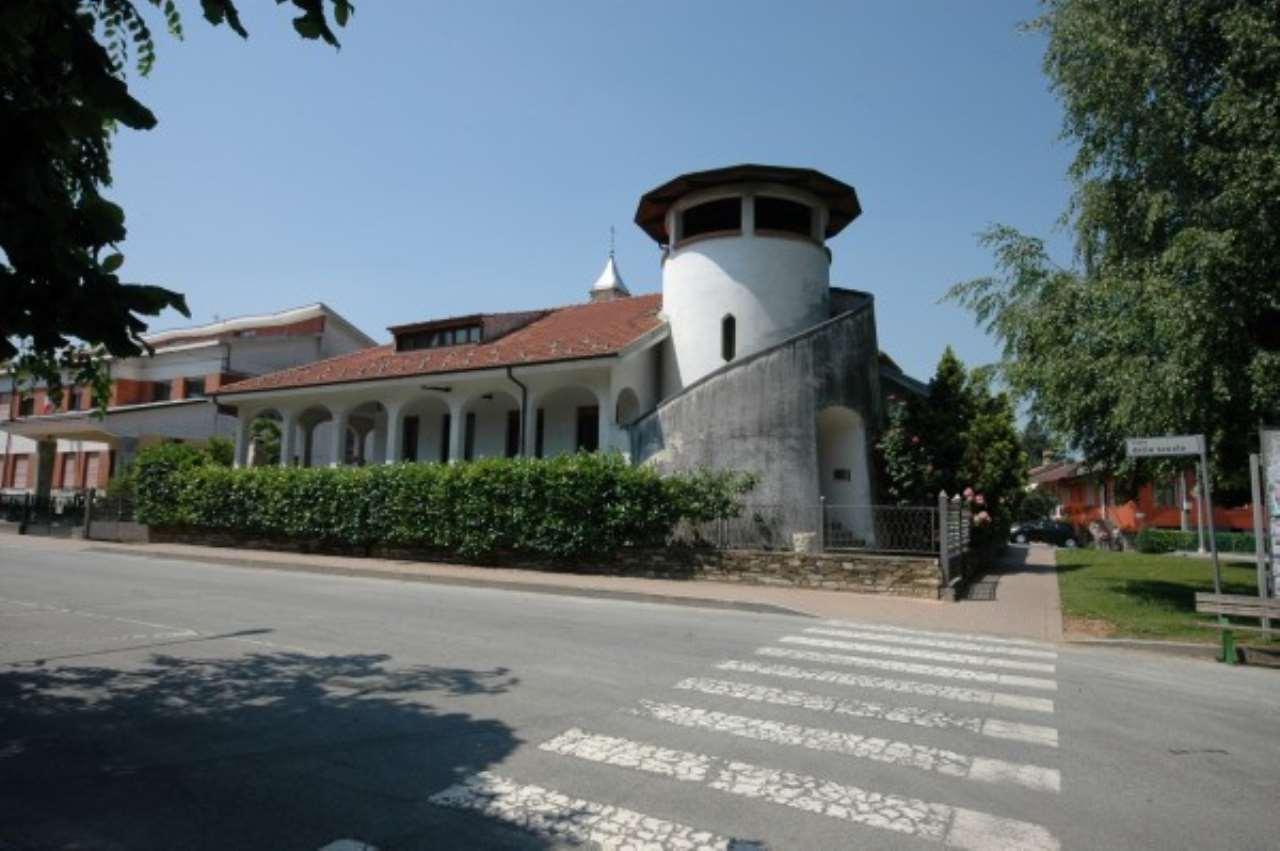 Villa in vendita a Centallo, 6 locali, prezzo € 400.000 | Cambio Casa.it
