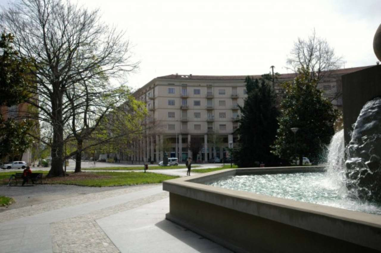 Foto 1 di Appartamento piazzale della Libertà, Cuneo