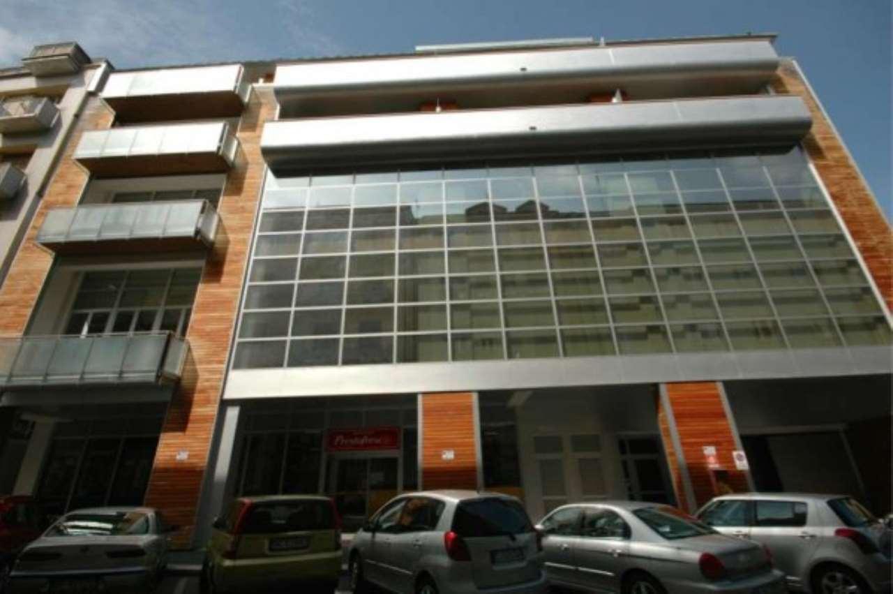 Ufficio / Studio in vendita a Cuneo, 6 locali, Trattative riservate | CambioCasa.it