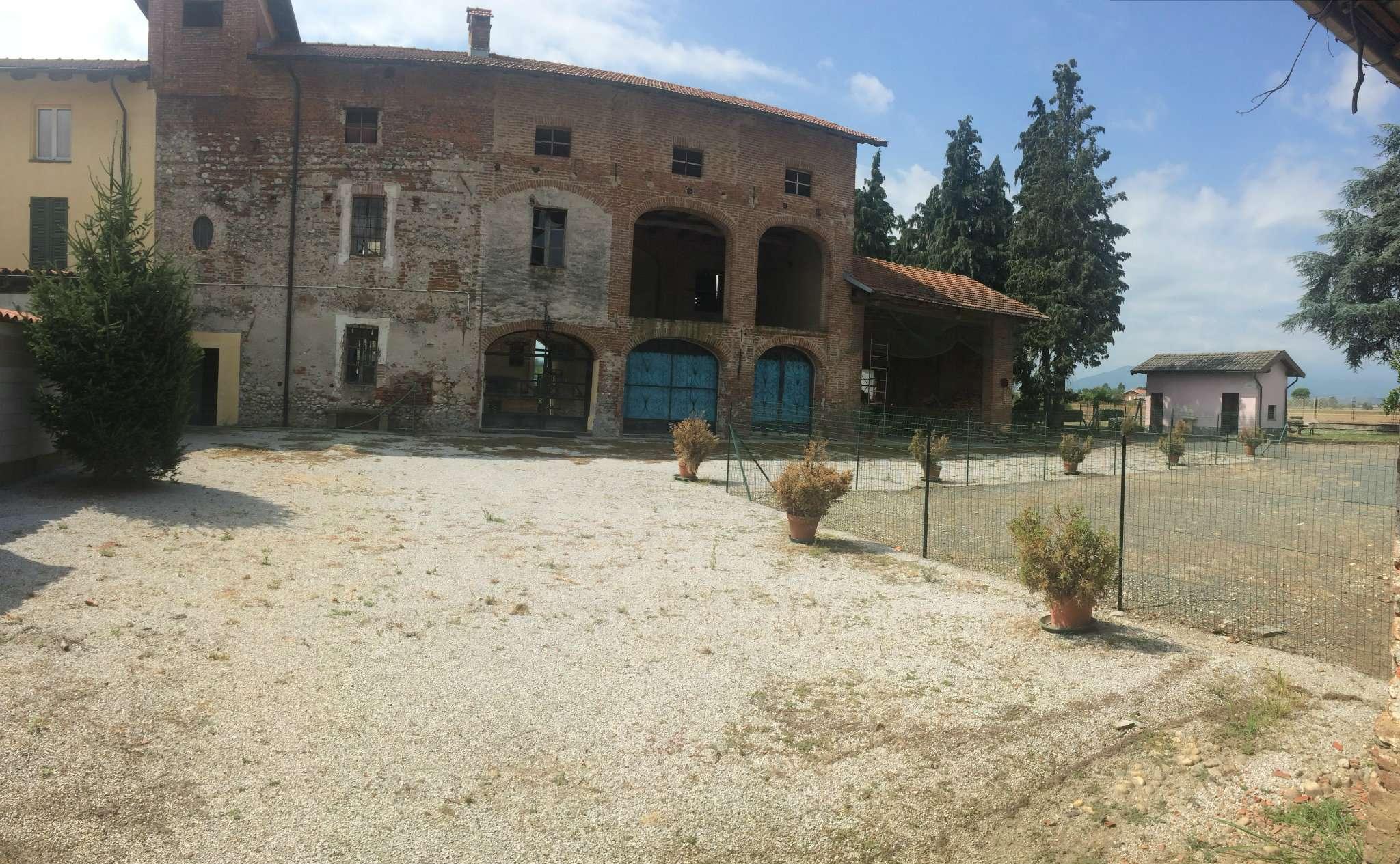 Rustico / Casale in Vendita a Cuneo