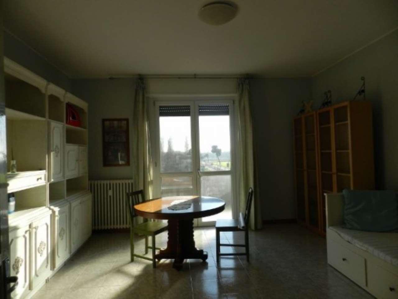 Appartamento in affitto a Bereguardo, 3 locali, prezzo € 420 | Cambio Casa.it