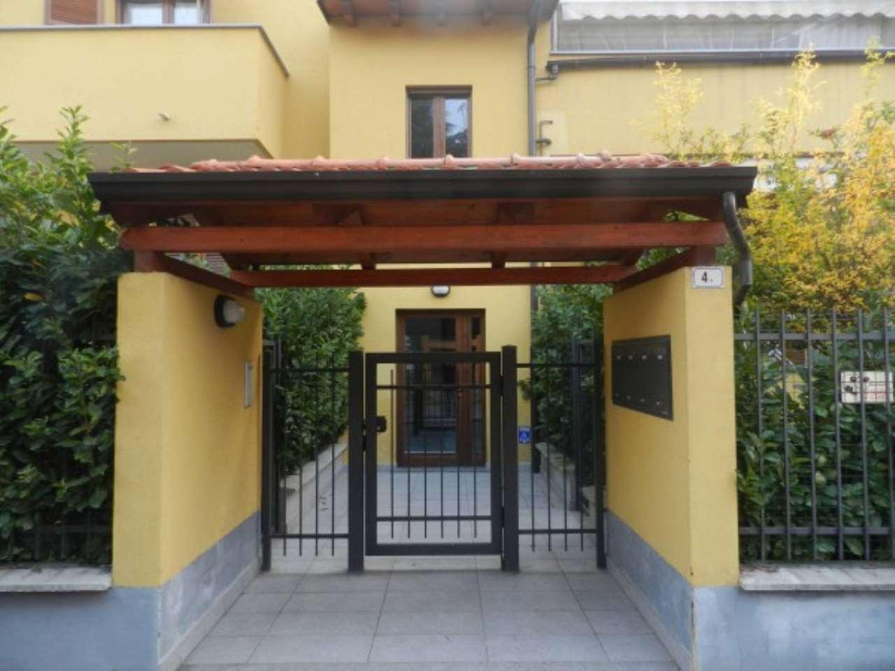 Appartamento in vendita a Siziano, 4 locali, prezzo € 175.000 | CambioCasa.it