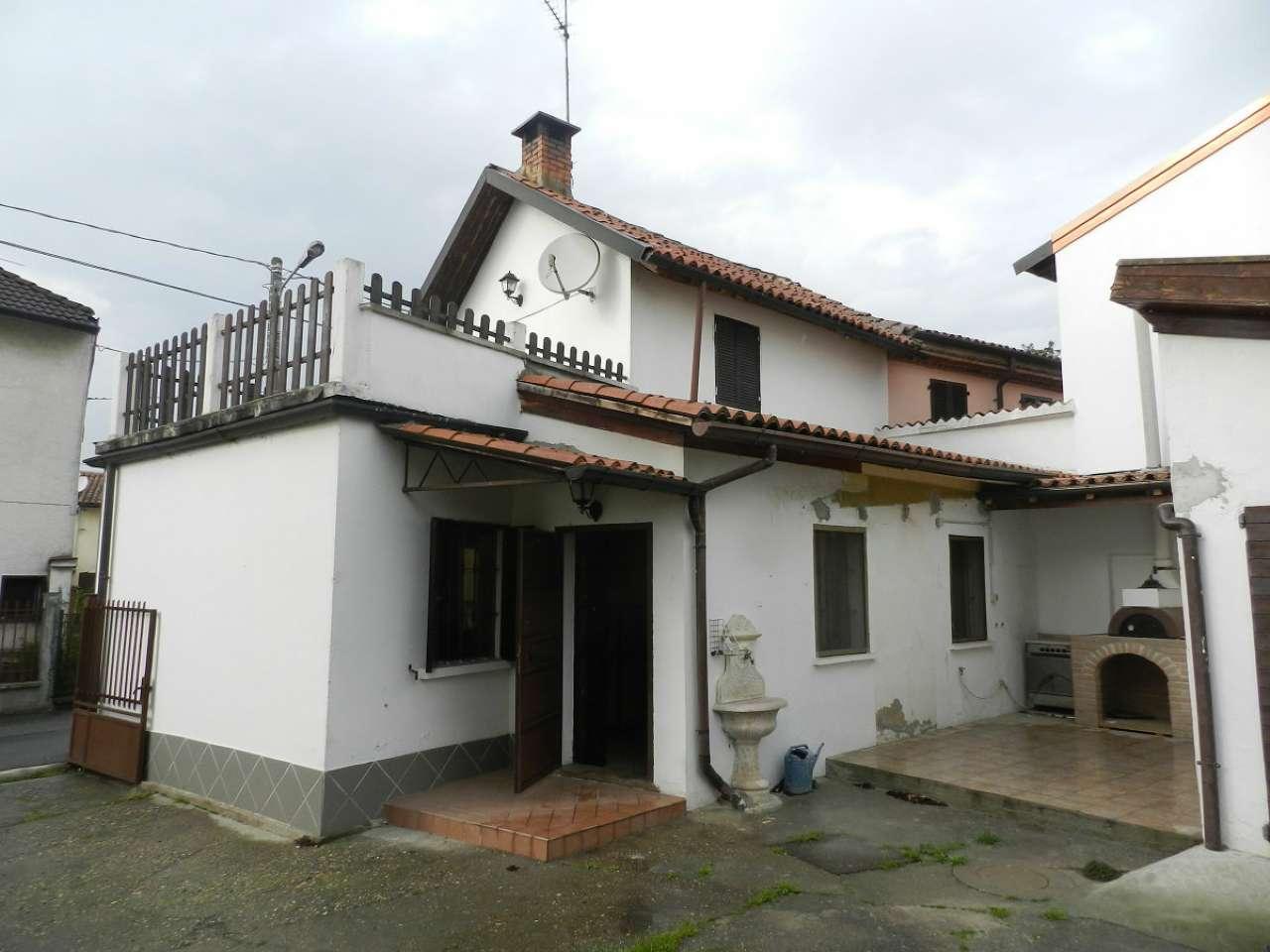 Soluzione Indipendente in vendita a Cava Manara, 3 locali, prezzo € 115.000 | Cambio Casa.it