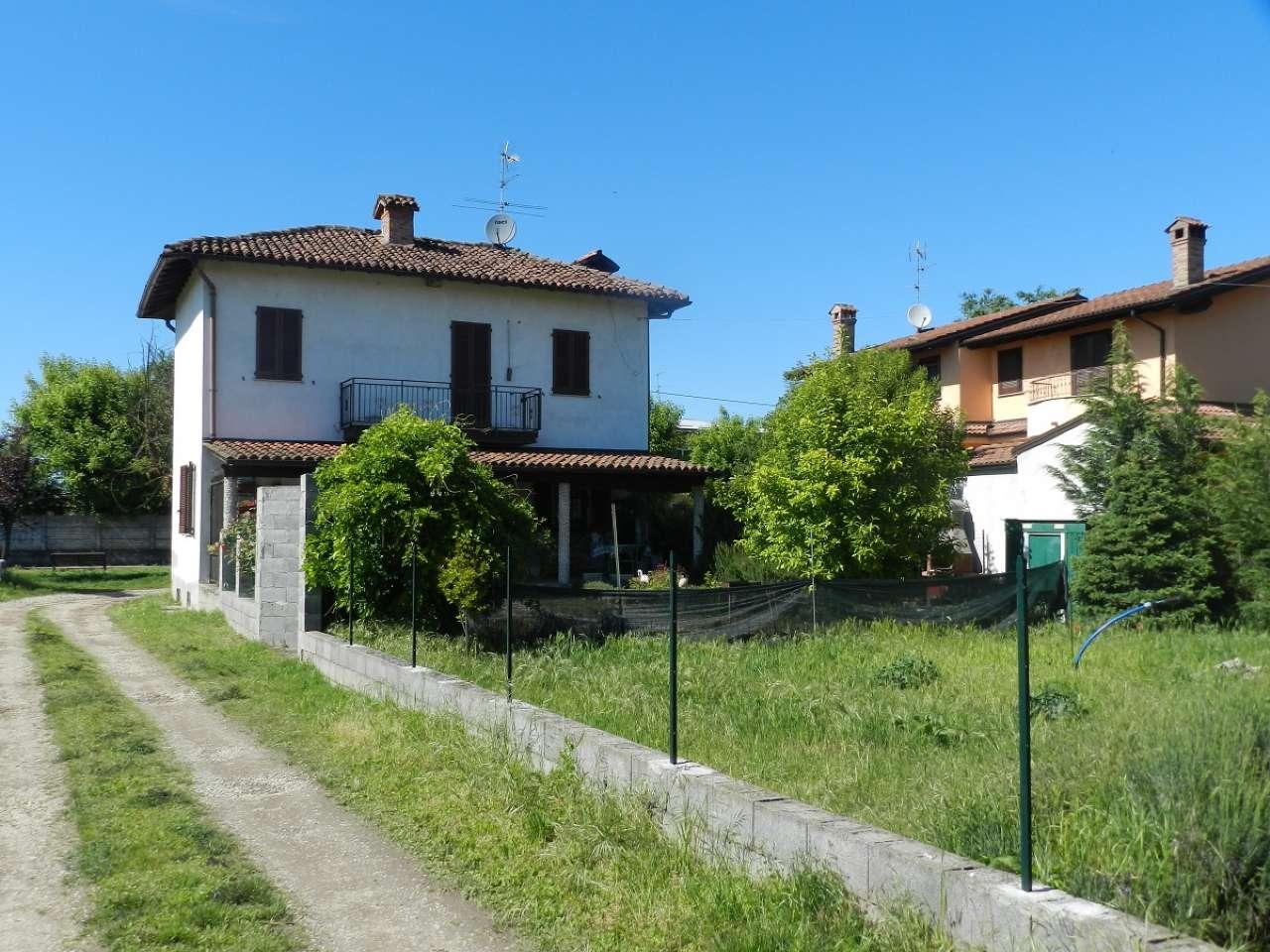 Soluzione Indipendente in vendita a Zinasco, 4 locali, prezzo € 185.000 | CambioCasa.it
